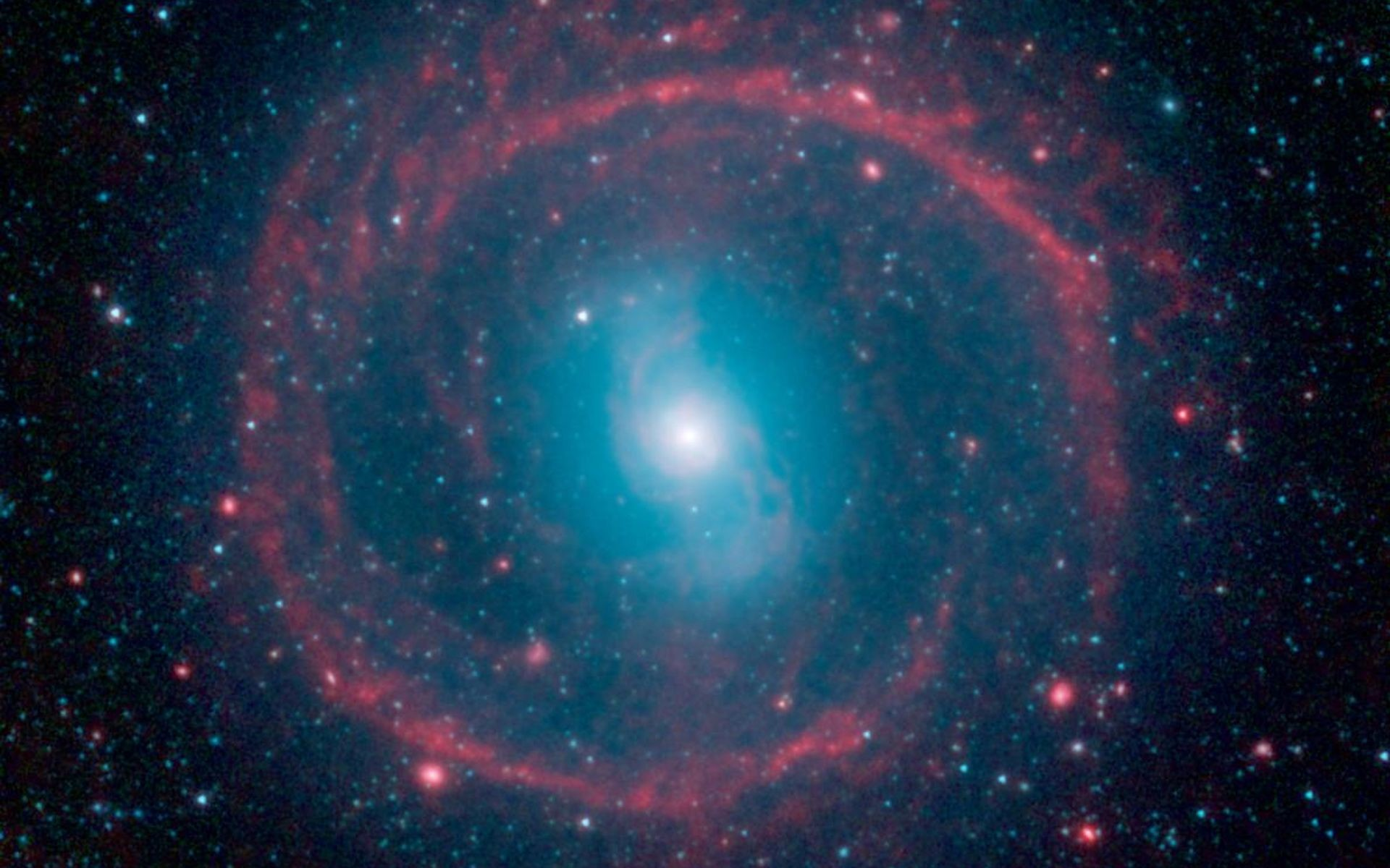 This image from NASA's Spitzer Space Telescope shows where the action is  taking place in galaxy