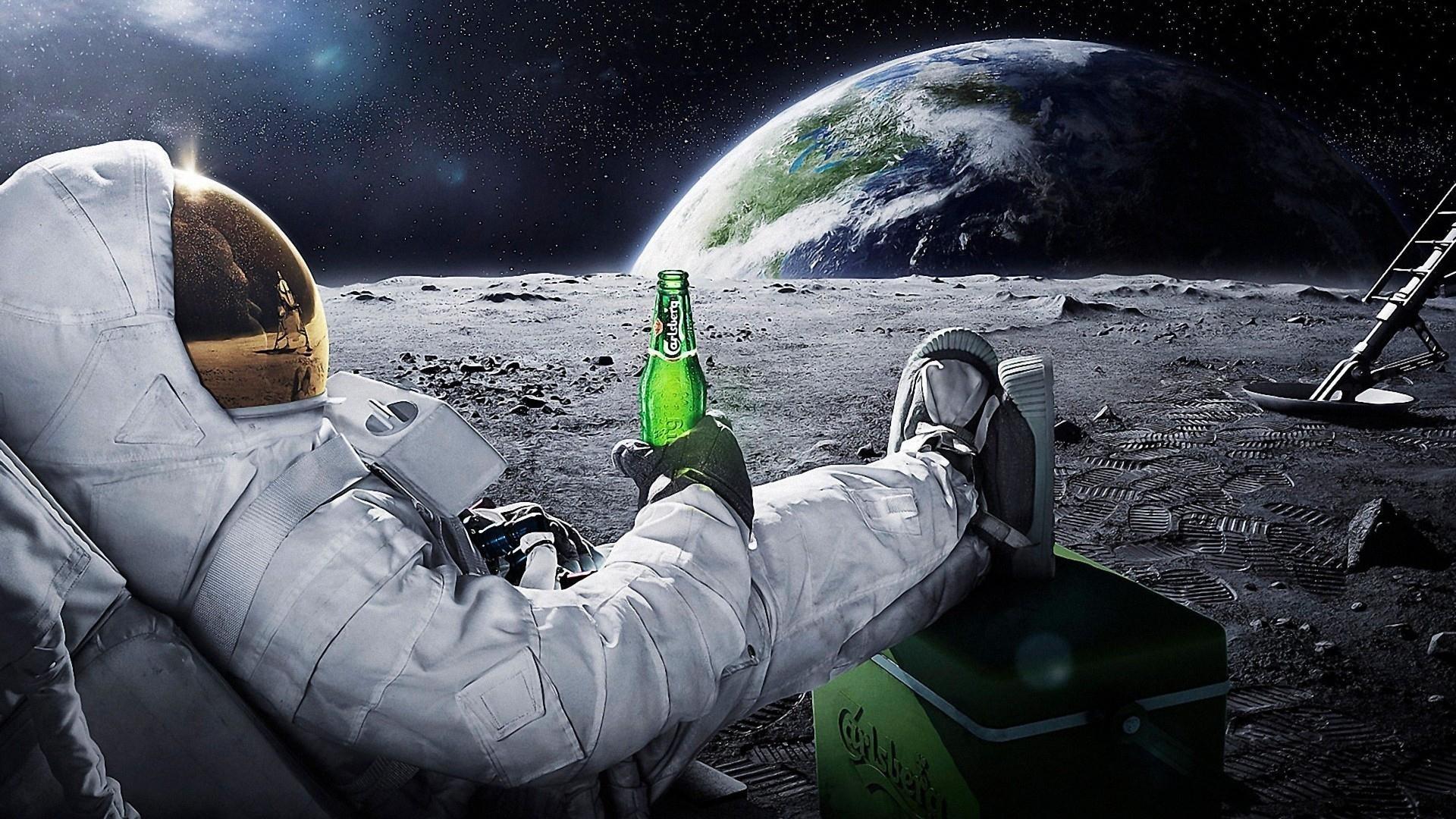 Carlsberg-Beer-in-Space-Desktop-Wallpaper.jpg