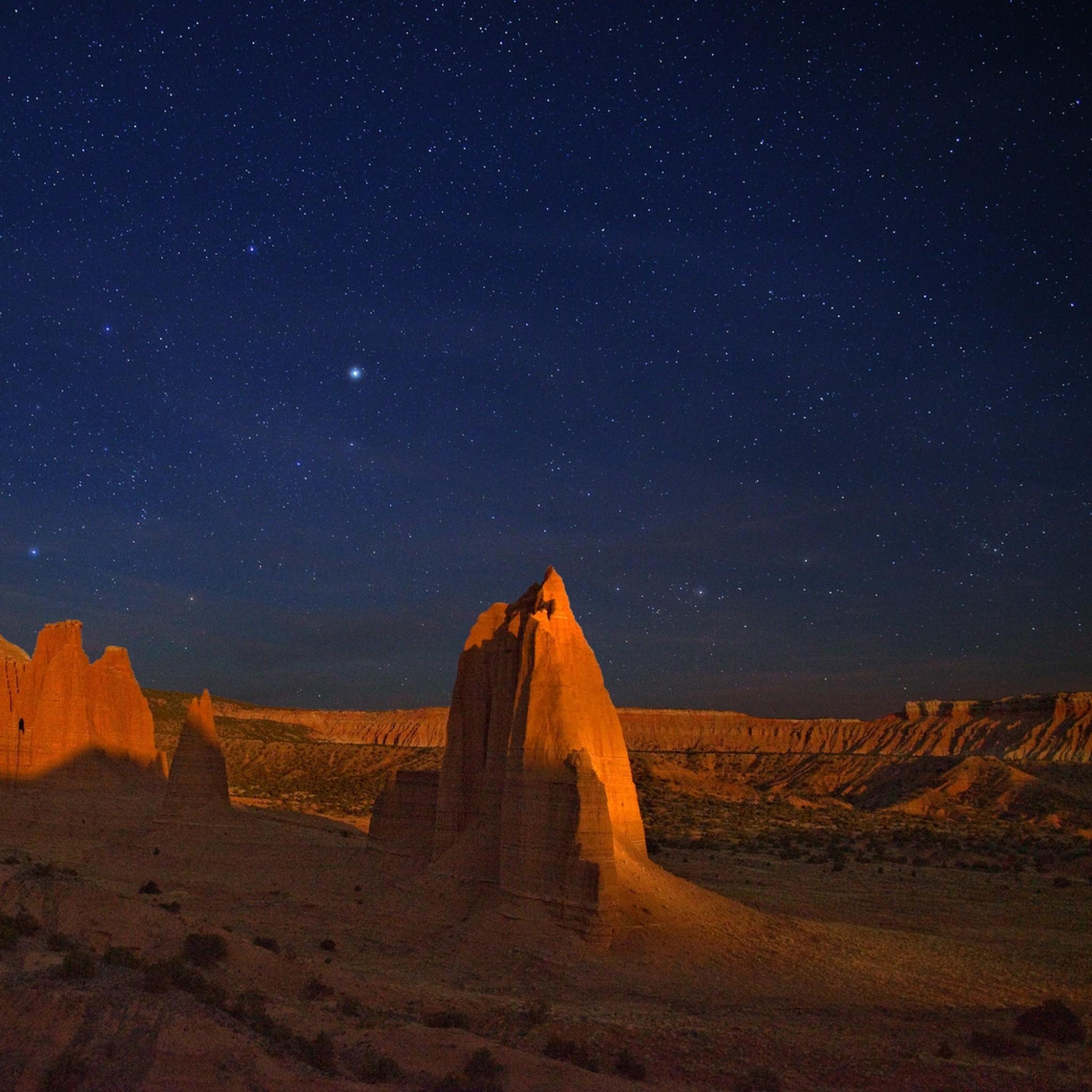 Wallpaper night, the starry sky, desert, cliff, canyon