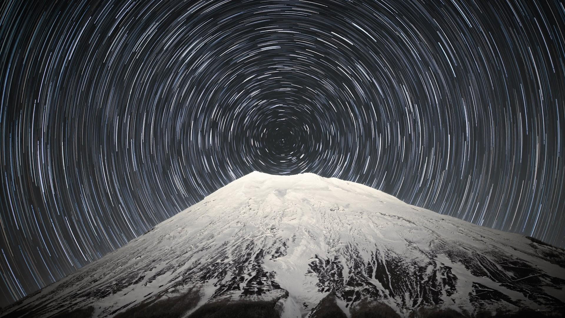 4K HD Wallpaper: Sky Full of Stars above Mount Fuji · Long Exposure  Photography ·