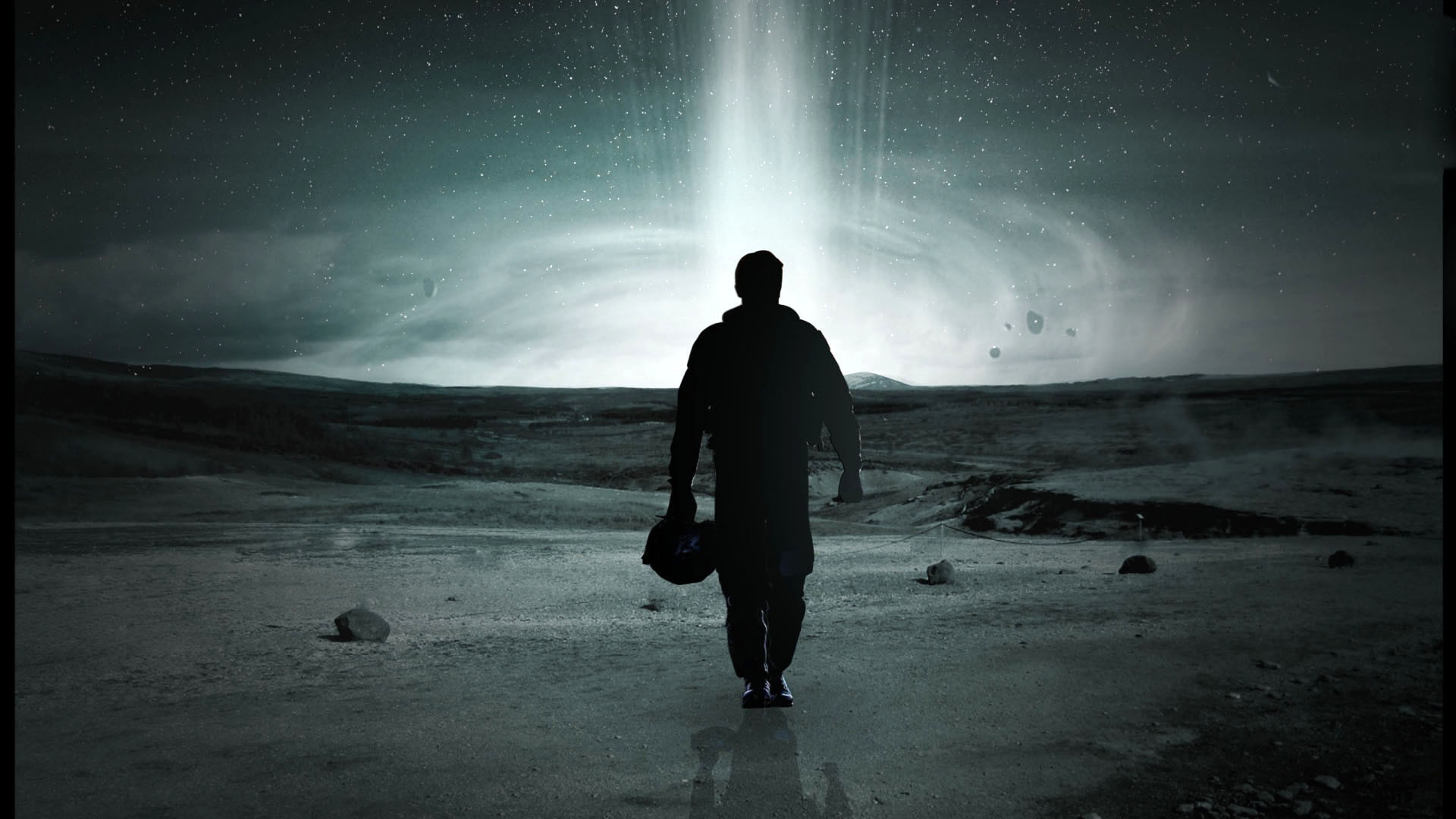 Interstellar Astronaut Silhouette – – Full HD 16/9 .