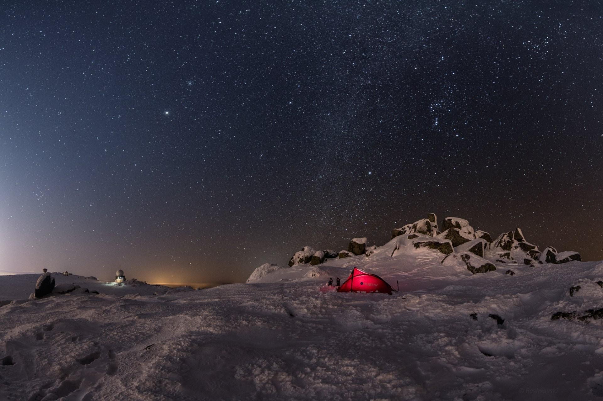 winter snow tent stones night sky star
