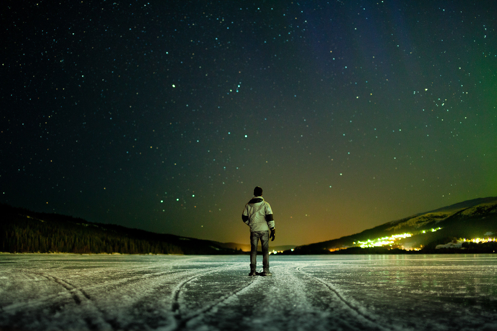… night, winter, sky, stars, river ice, the horizon, the lights