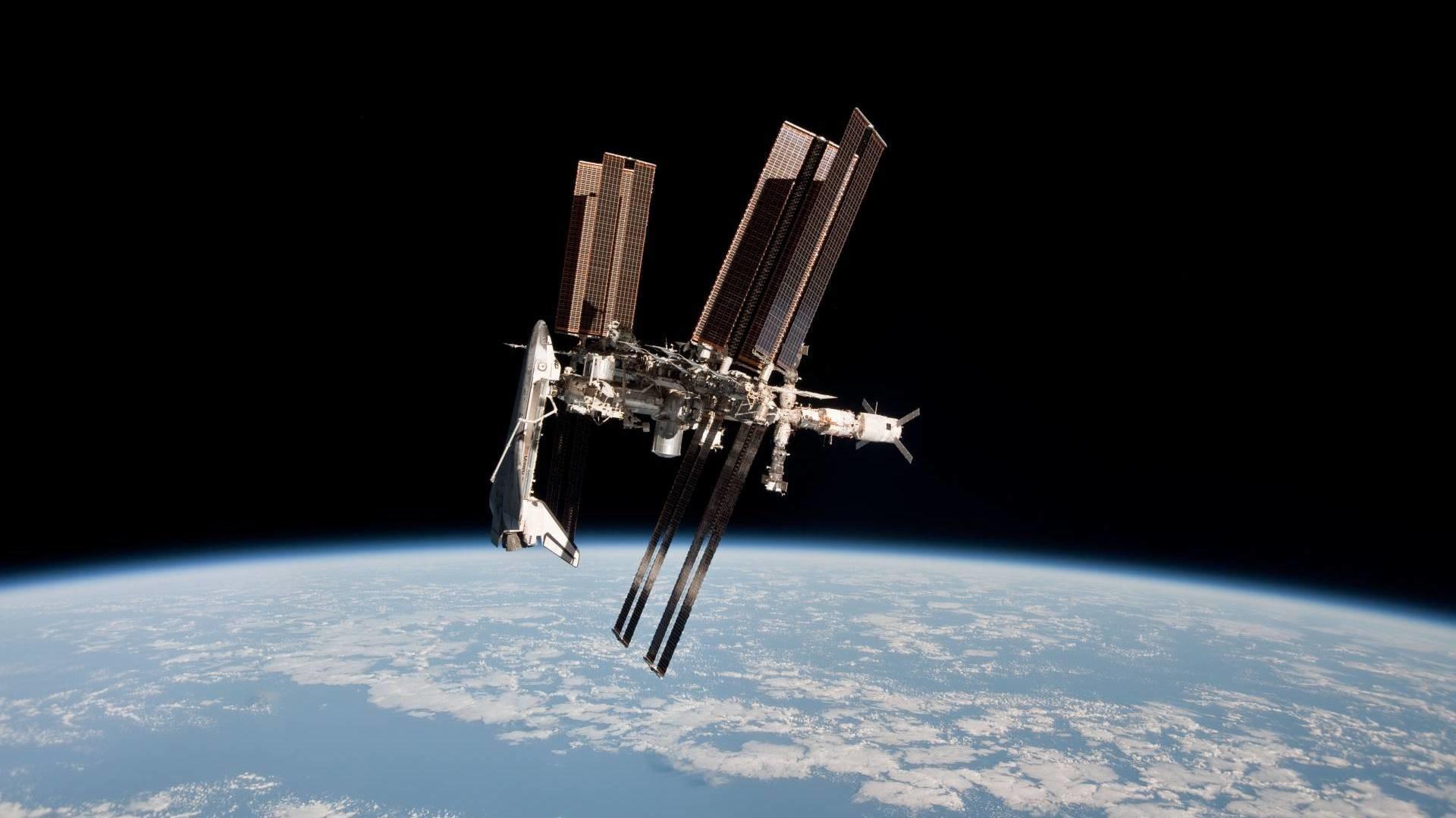 International Space Station HD Wallpaper