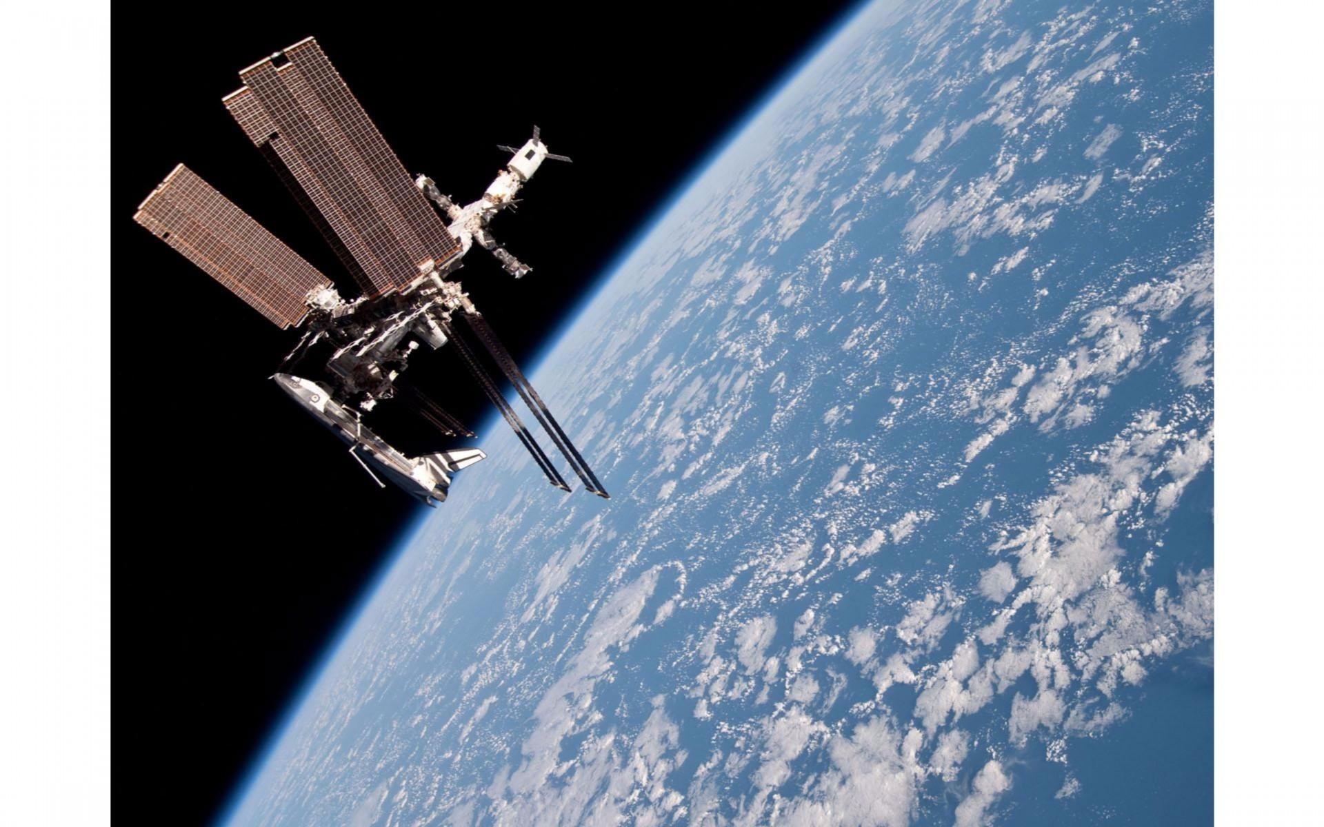 International Space Station in Space 4K Wallpaper