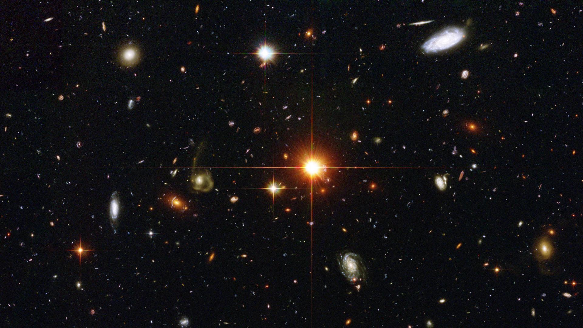 Galaxies HST deep field. 1920×108084319