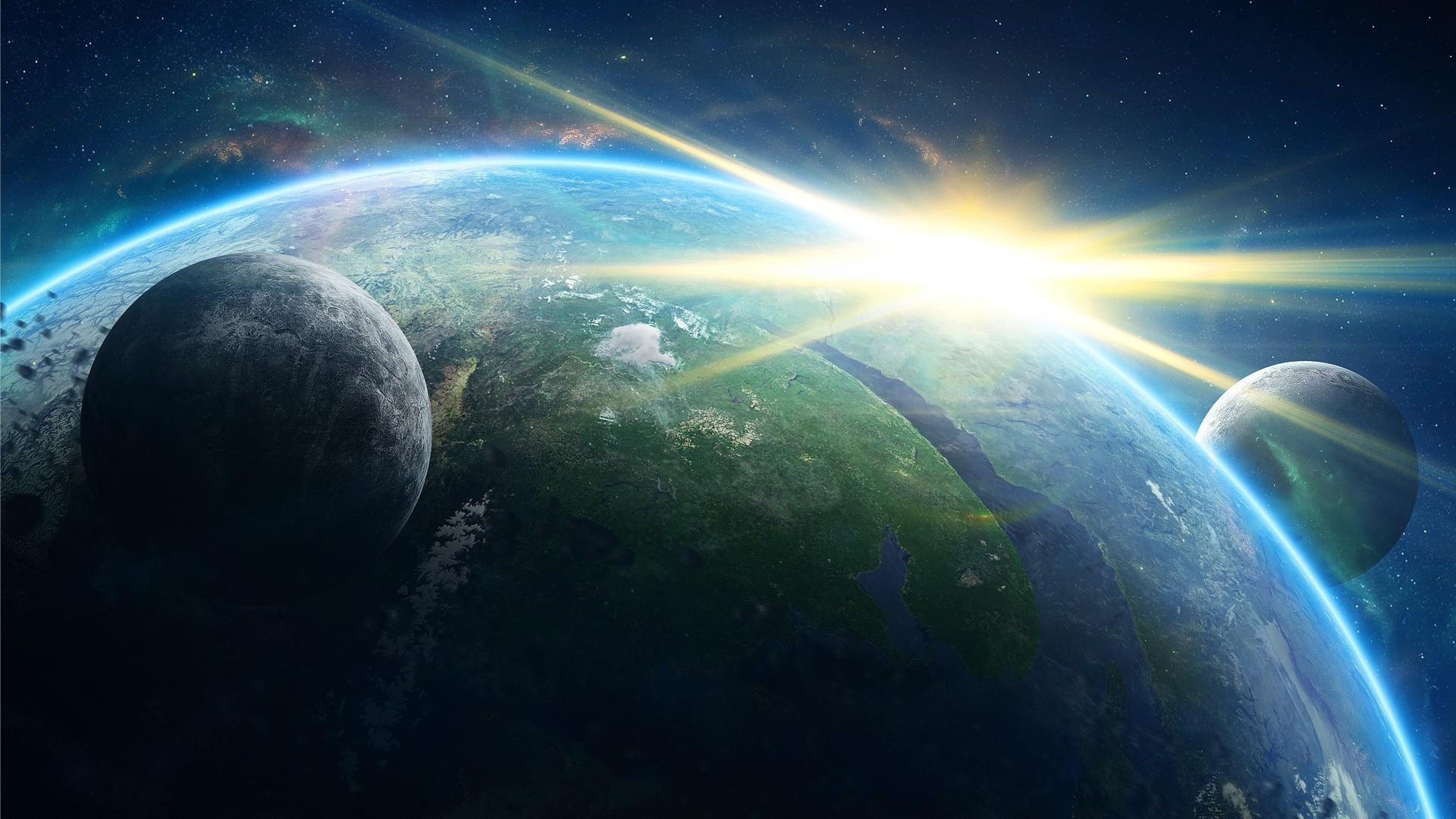 Download Wallpaper planet, galaxy, light, rays, stars 4K .
