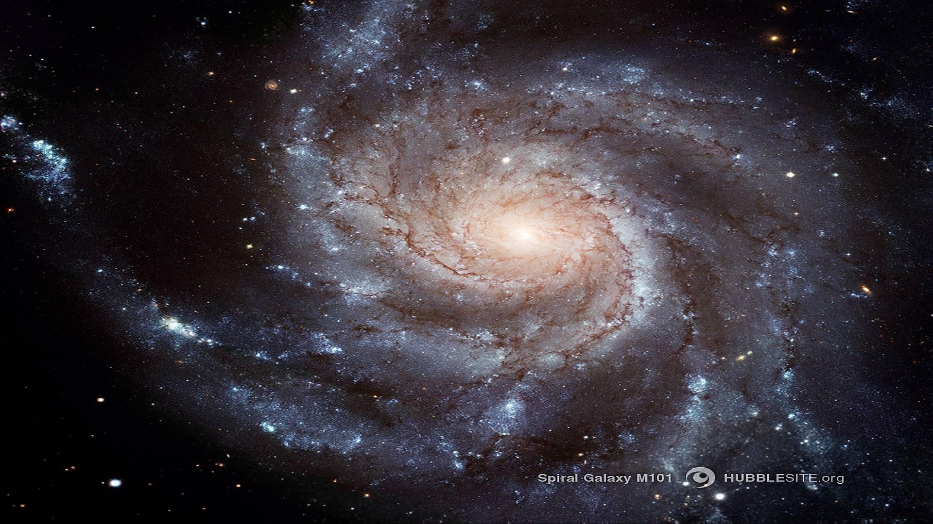 Hubble 205350