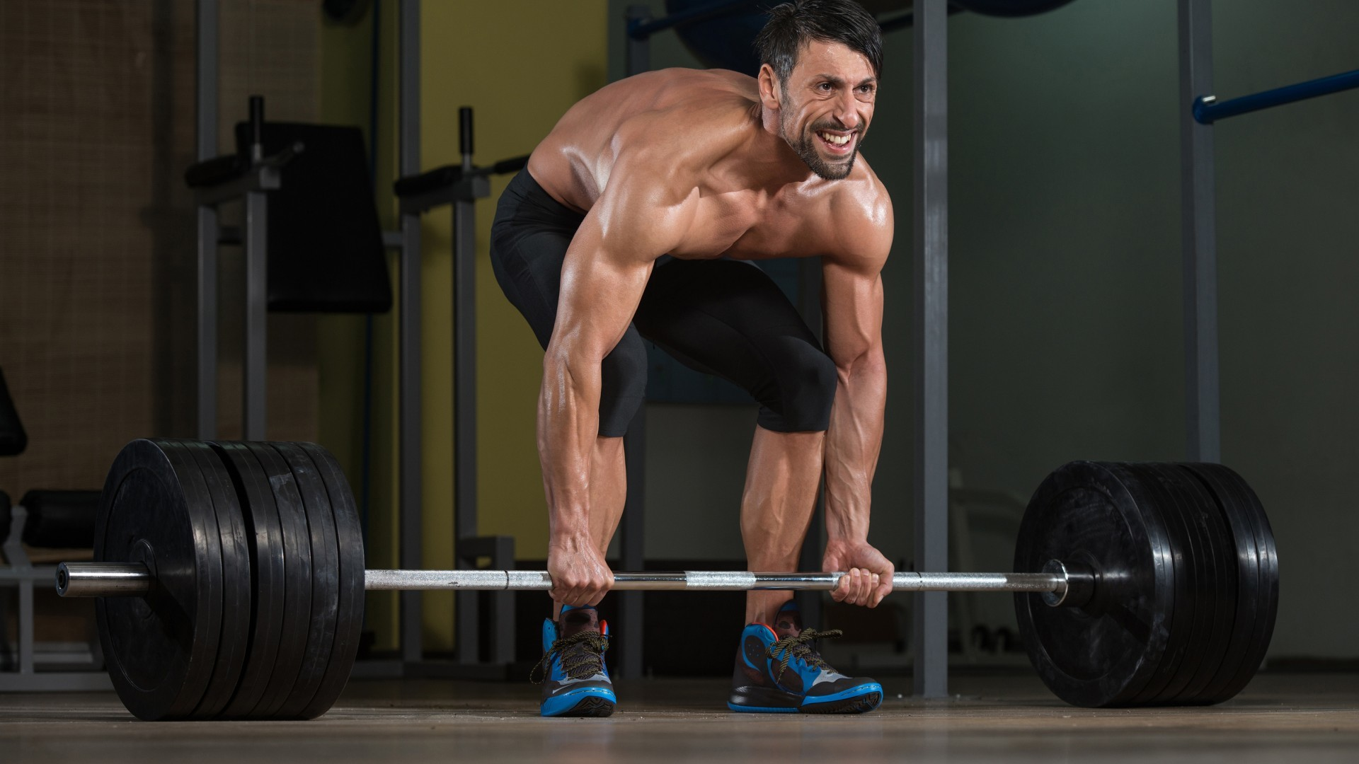 men models gym workout fitness weight lifting in zoom