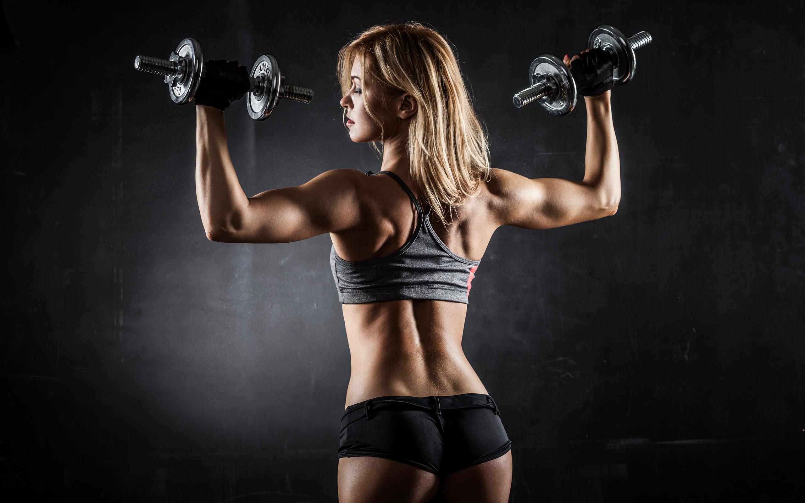 Hot-Girl-Workout-Fitness-HD-Wallpaper