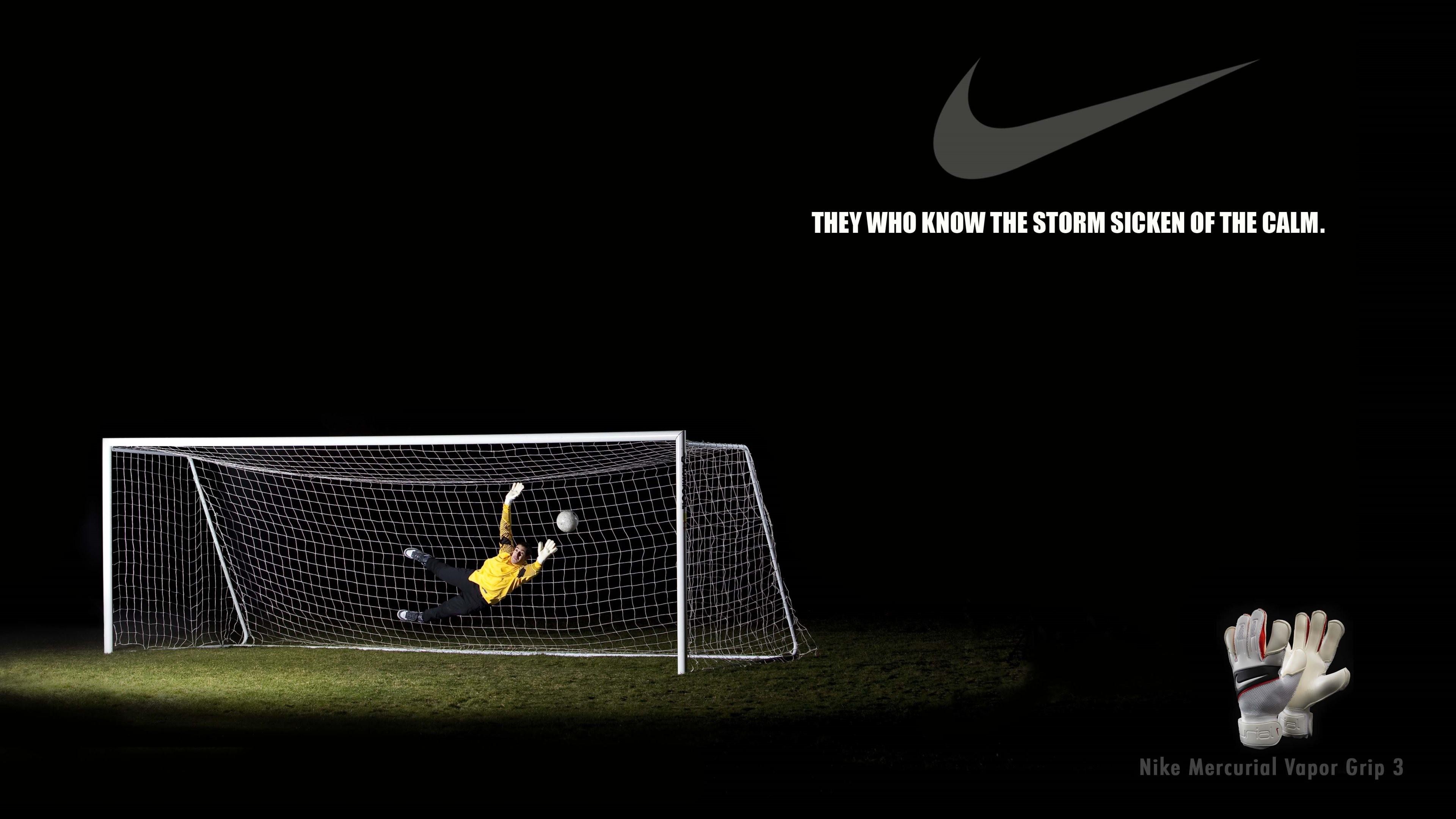Nike Creative 4.