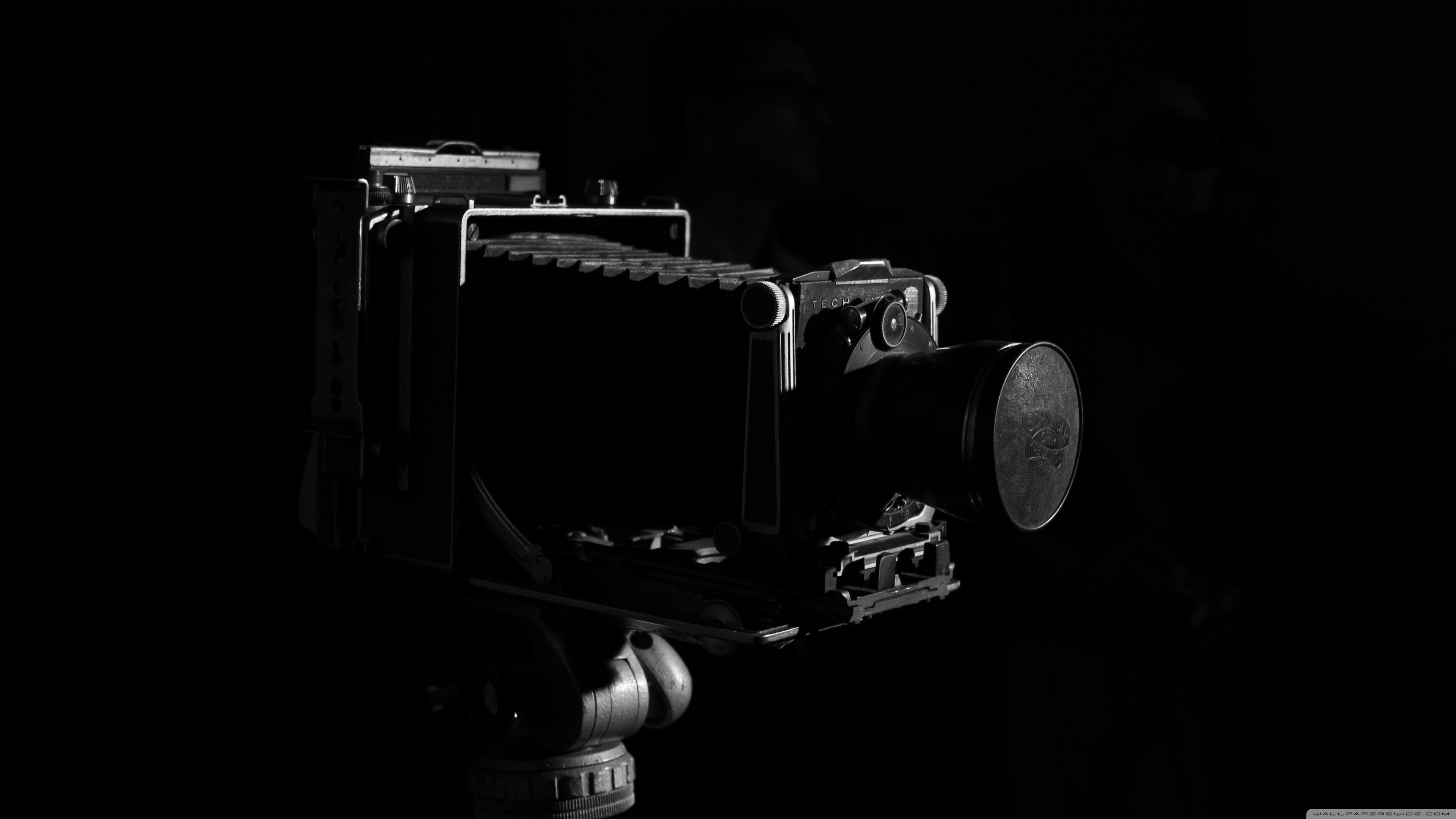 the_old_camera-wallpaper-3840×2160
