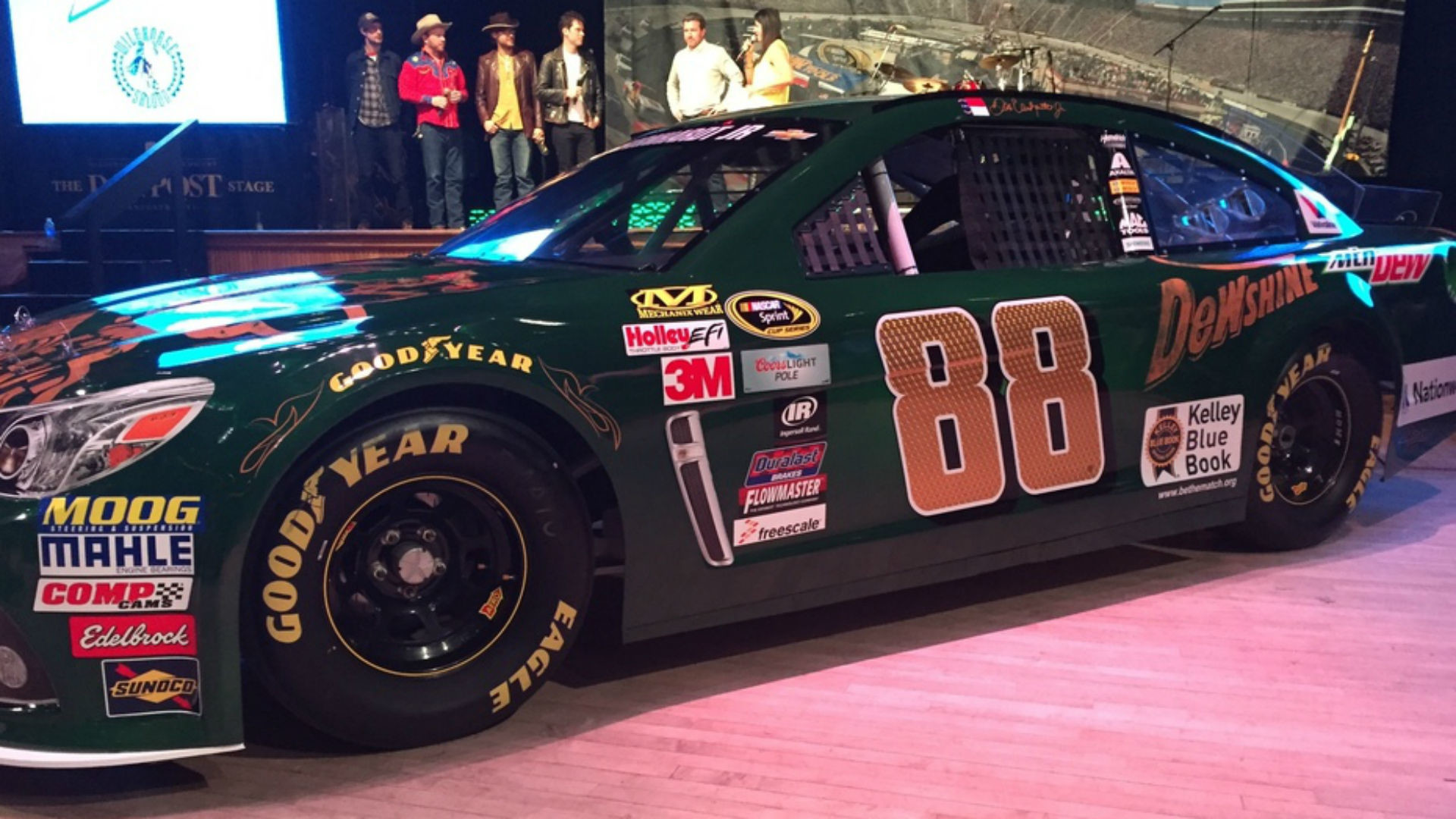 Dale Earnhardt Jr. reveals Bristol paint scheme, talks Fontana   NASCAR    Sporting News