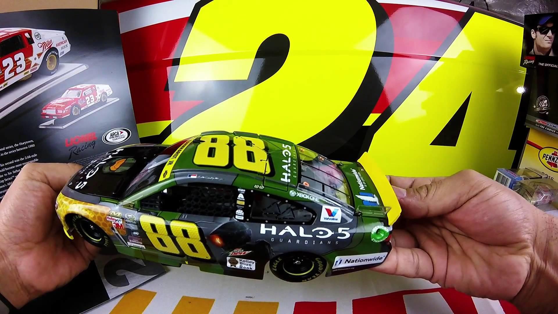 Unboxing the 2015 Dale Earnhardt Jr #88 Halo 5 Special 1/24 NASCAR Diecast