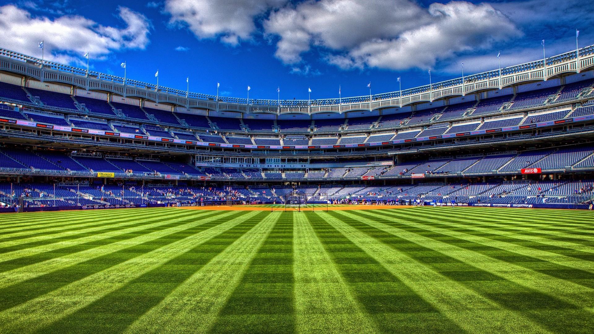 … field · field, football, tribunes