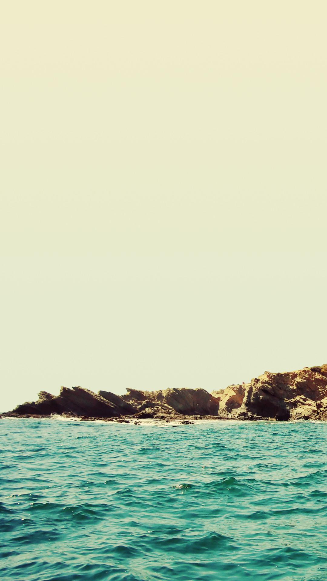 Rocky Beach Ocean Waves iPhone 6+ HD Wallpaper …