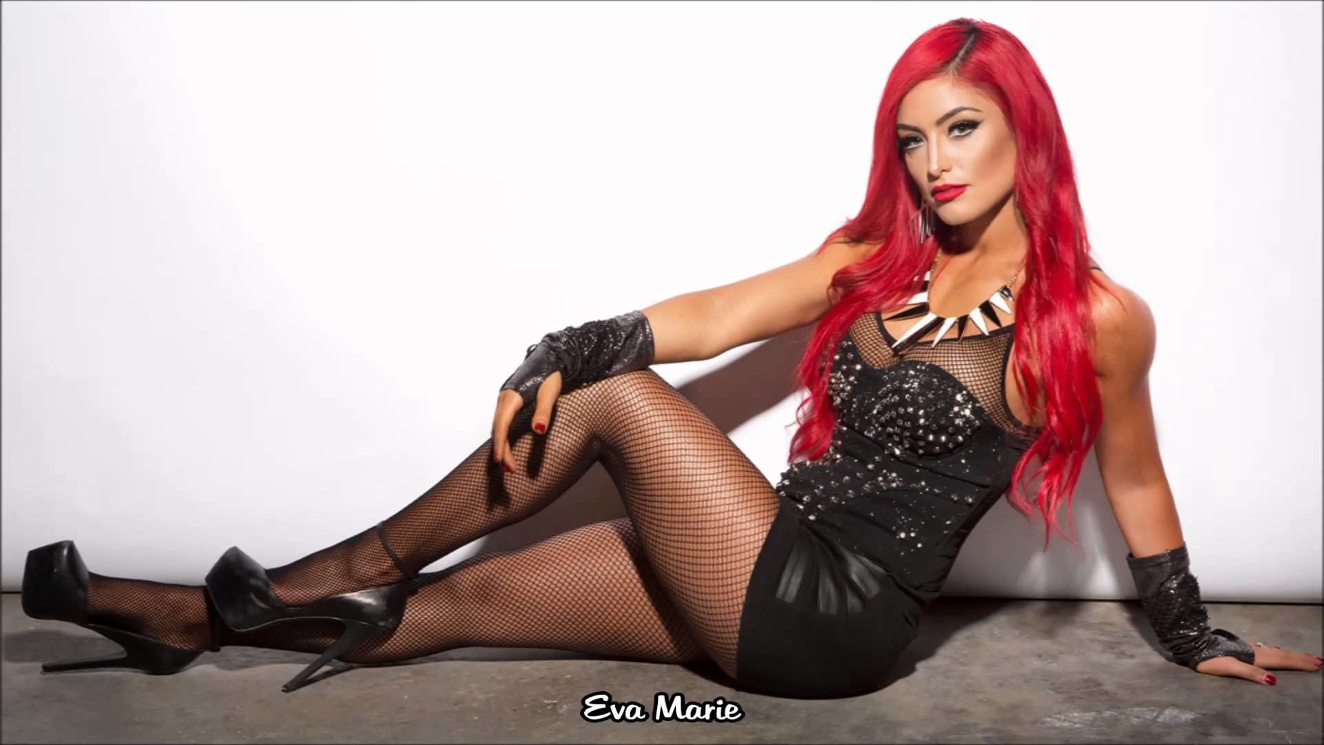 WWE Divas   Extreme Rules   2014