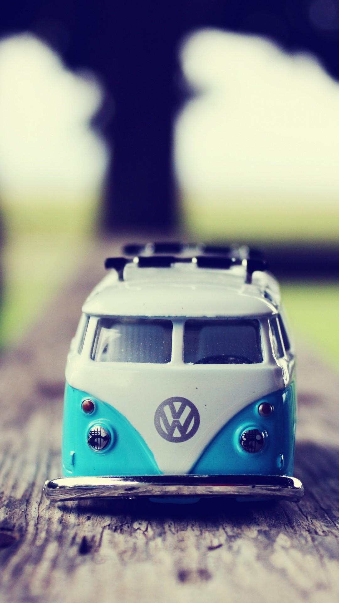 Miniature Volkswagen Van iPhone 6 Plus HD Wallpaper –  https://freebestpicture.com