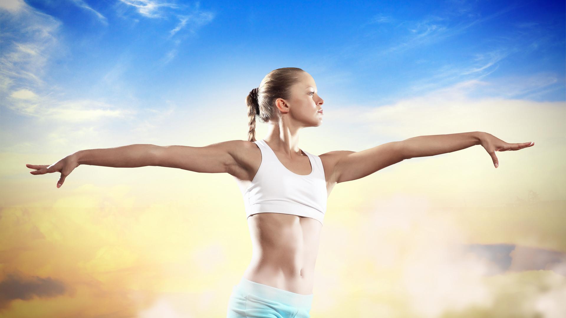 Women Fitness HD Photos   Download Free Desktop Wallpaper Images .