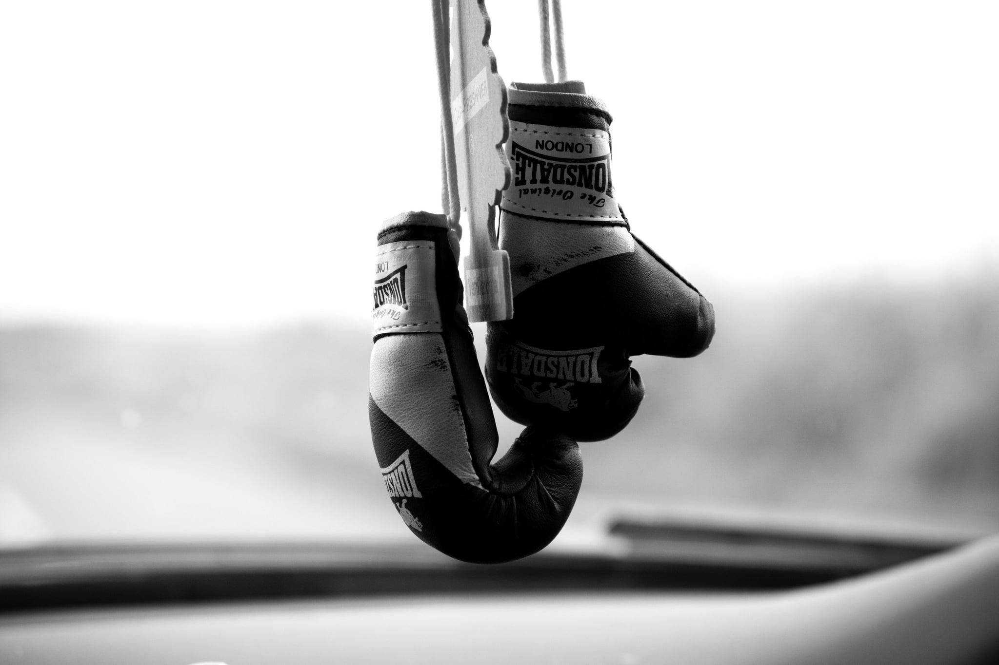 boxing gloves 1920×1080 wallpaper