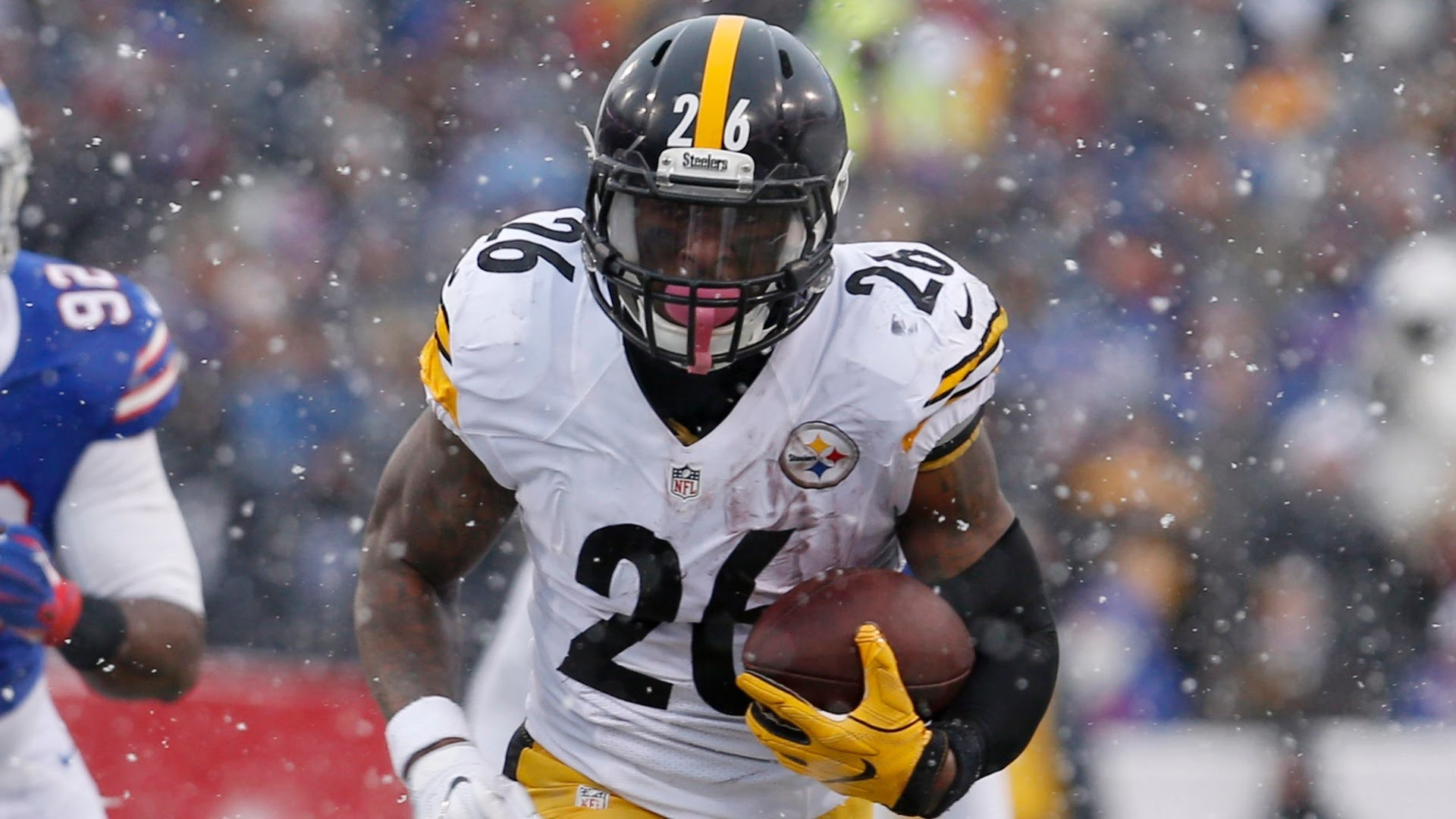 Bell Deserves the Big Bucks | Le'Veon Bell racked up 236 rushing yards and  62 receiving yards in th