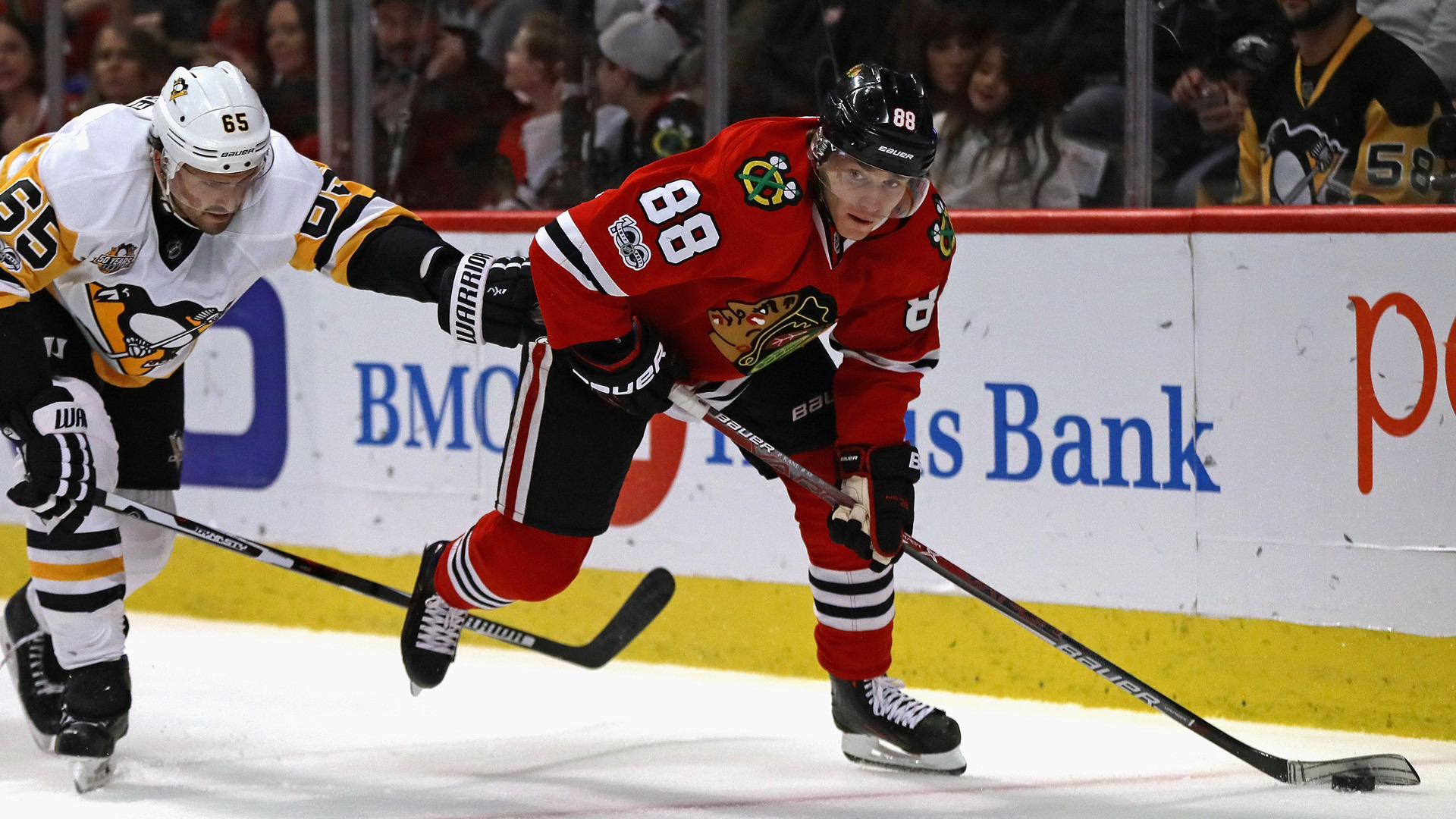Patrick Kane hat trick carries Blackhawks past Penguins, 4-1 | NBC Sports