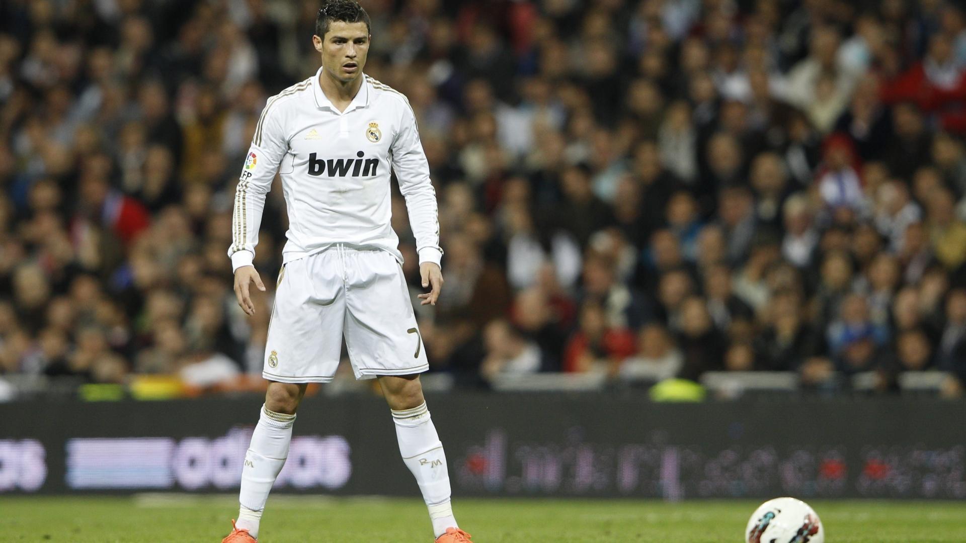 Footballer 2016 Cristiano Ronaldo Wallpaper | cr7 2 | Pinterest | Ronaldo, Cristiano  ronaldo and Wallpaper