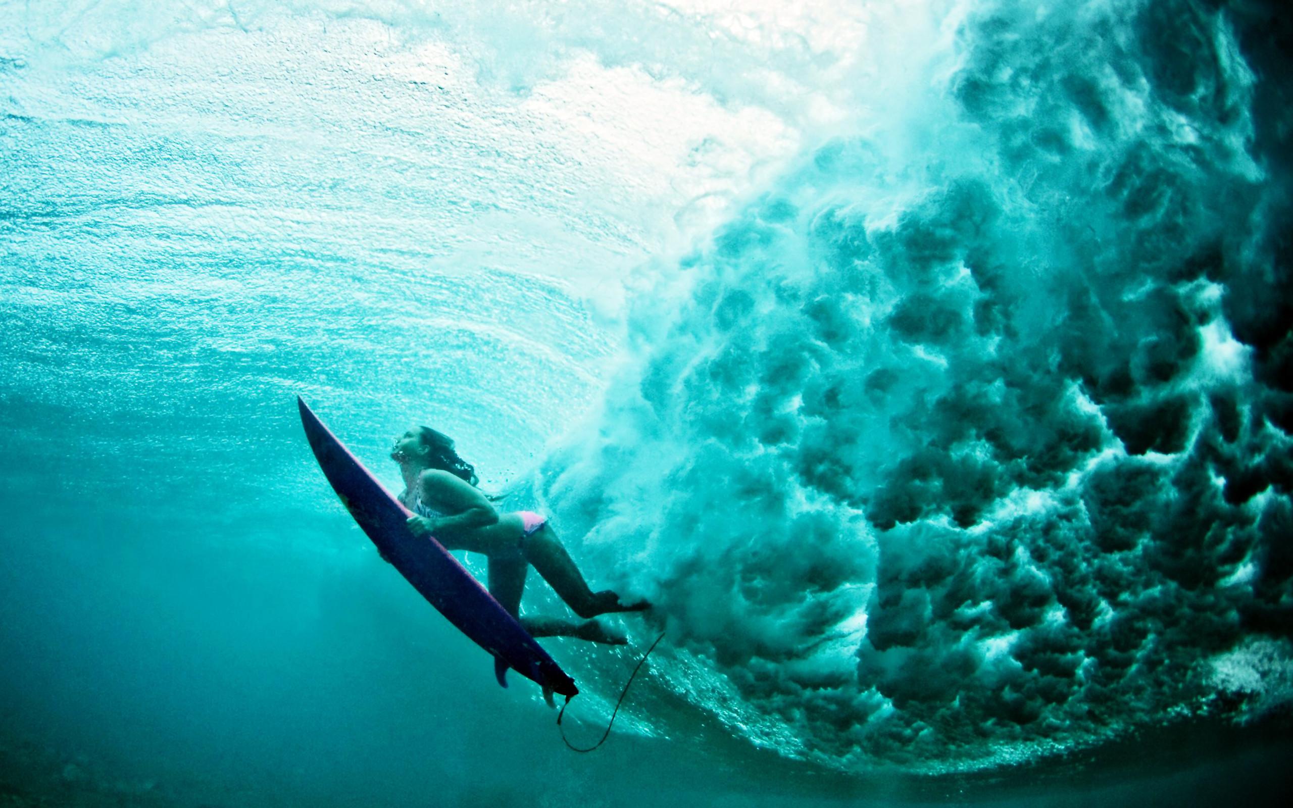 Underwater surf girl wallpaper