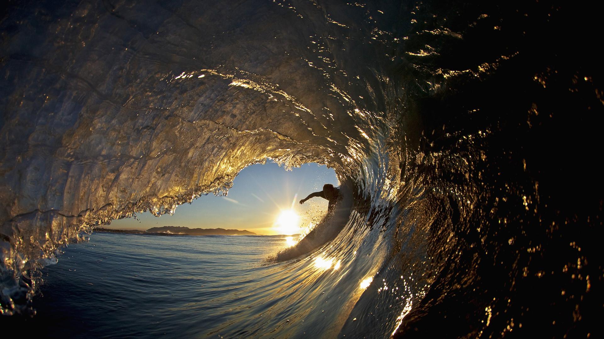 Surfing Wallpaper 5495