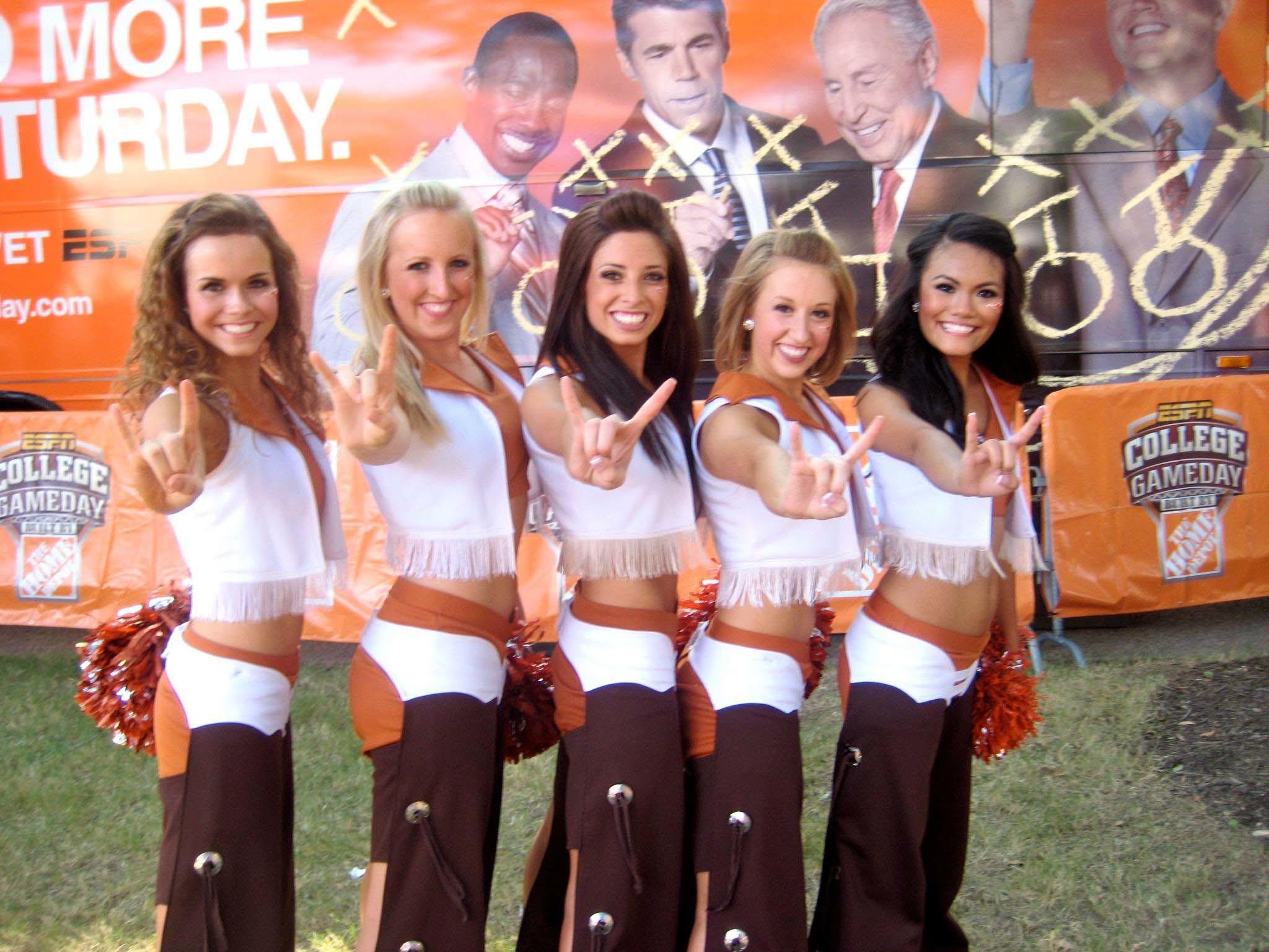 texas-longhorns-cheerleaders-2012-28.jpg