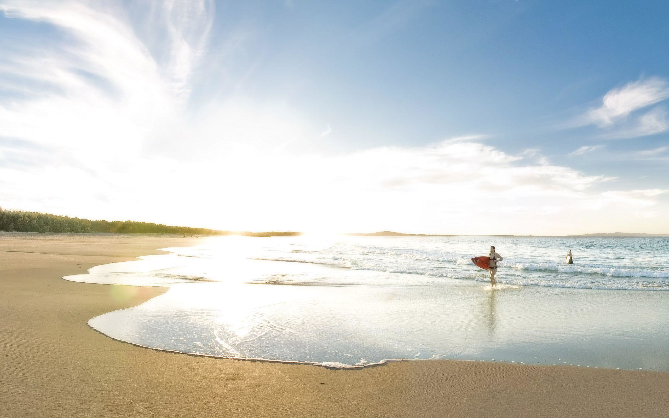 Noosa Surf Girls Wallpaper Background | 23311