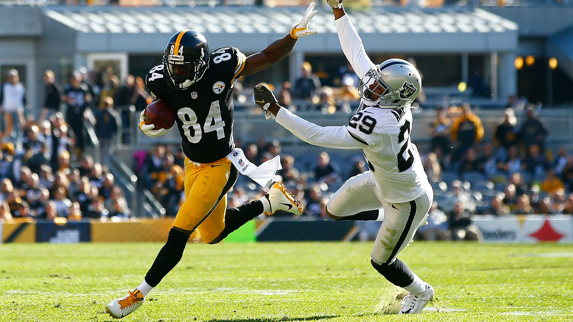 Antonio Brown has 10-catch, 180-yard half against Raiders | NFL | Sporting  News