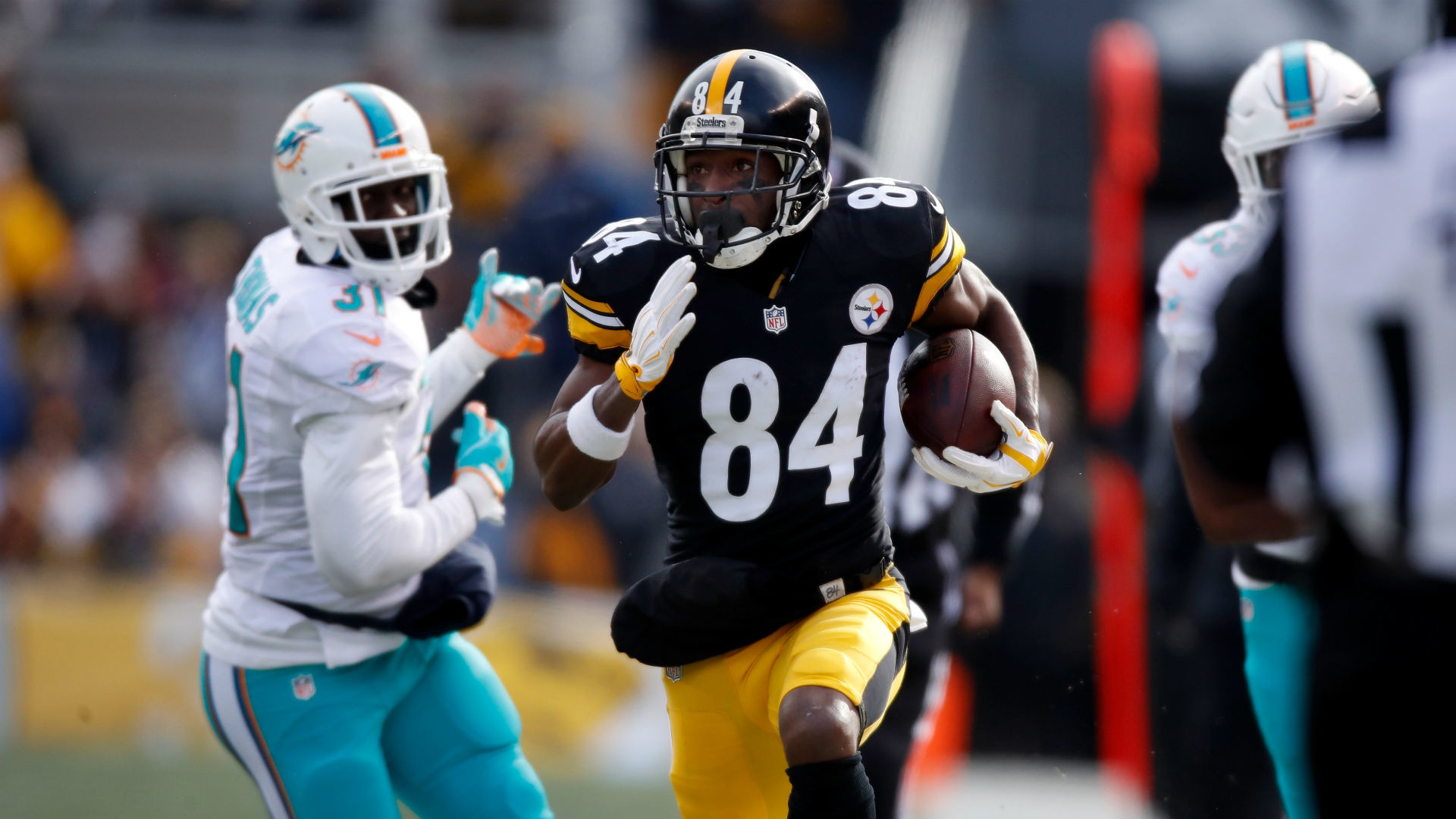 Steelers' Antonio Brown torches Miami on two 50-plus yard TDs | NFL |  Sporting News