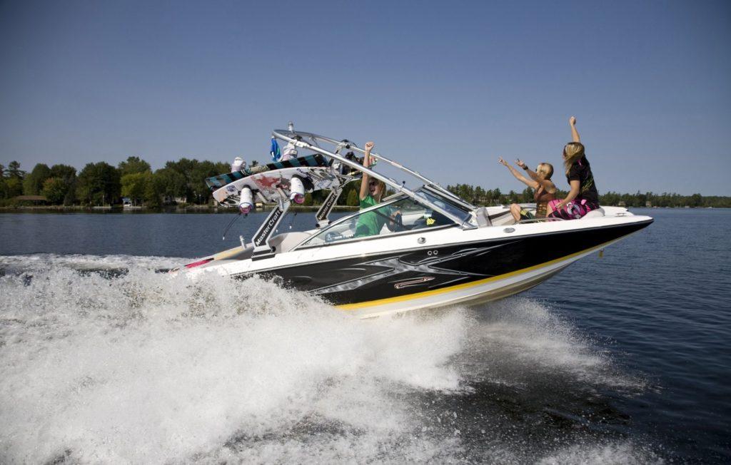 mood summer sky sea wave spray motor boat speed boat girls wakeboard  wakeboarding athletes sports travel