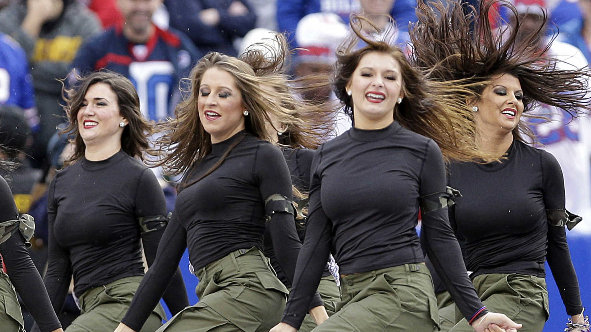 NFL cheerleaders bring in money, but barely paid any   NFL   Sporting News