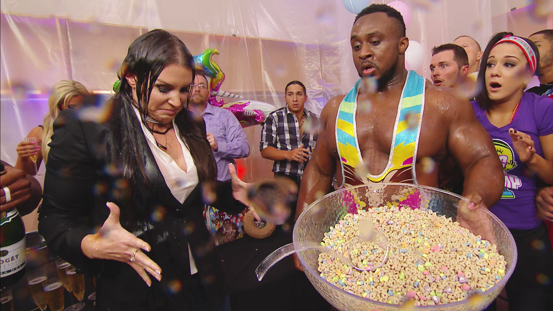 The New Day's record-breaking celebration takes a chaotic turn: Raw, Dec.  12, 2016   WWE