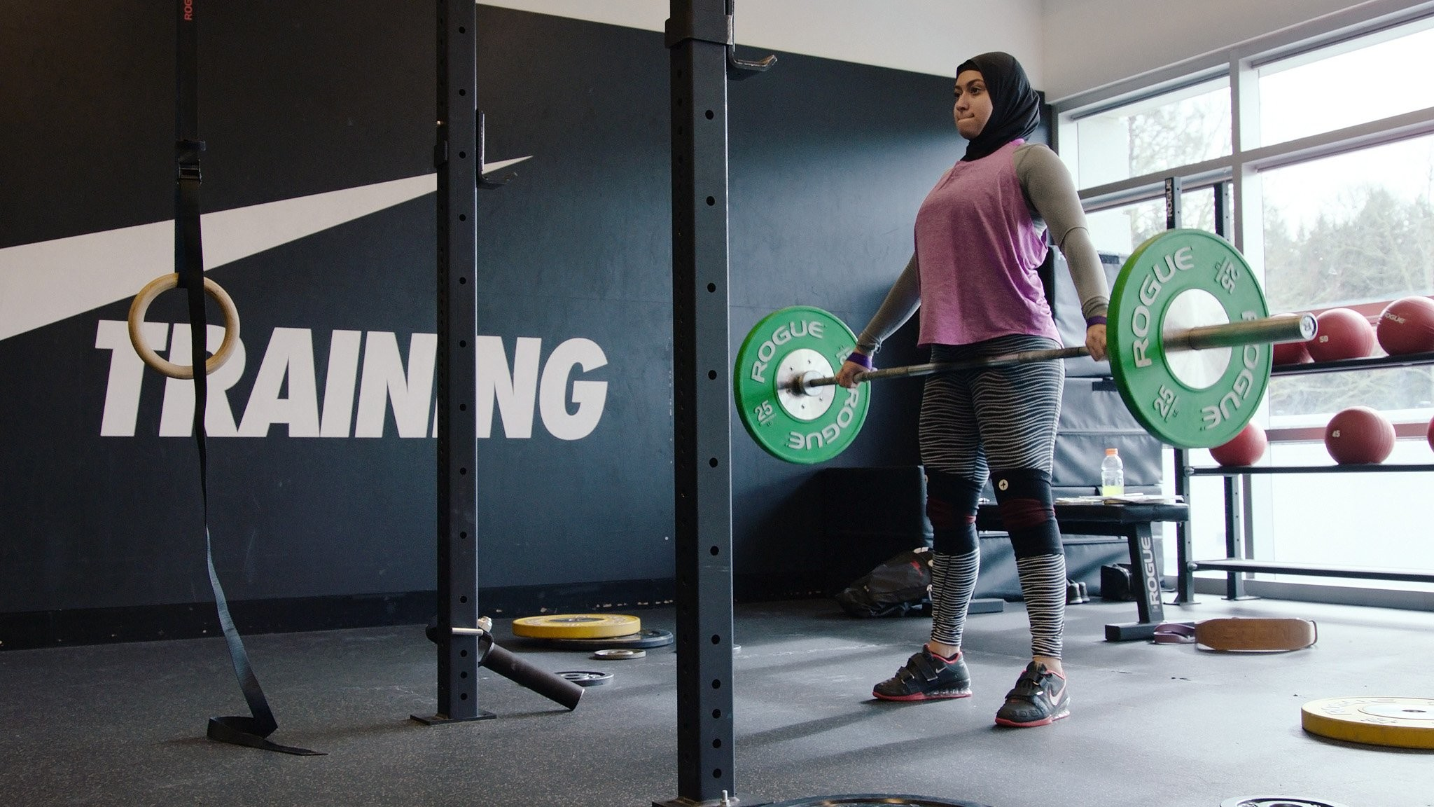 Meet the Emirati Weightlifter Vying For a Spot on The UAE Olympic Team |  POPSUGAR Fitness Middle East