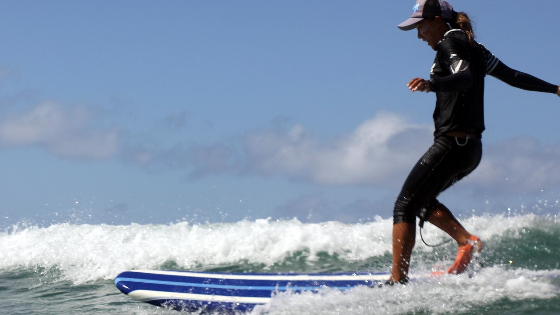 free wallpaper and screensavers for surfing