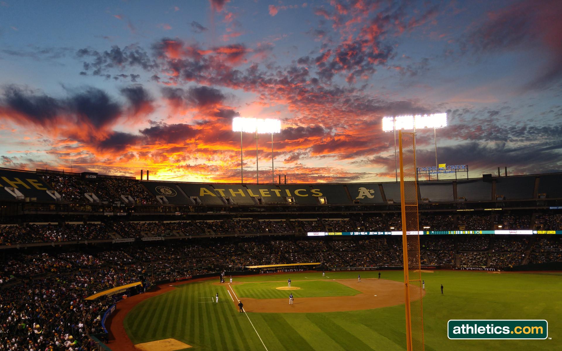 Ballpark Sunset. Download 1024×768 version » · Download version »