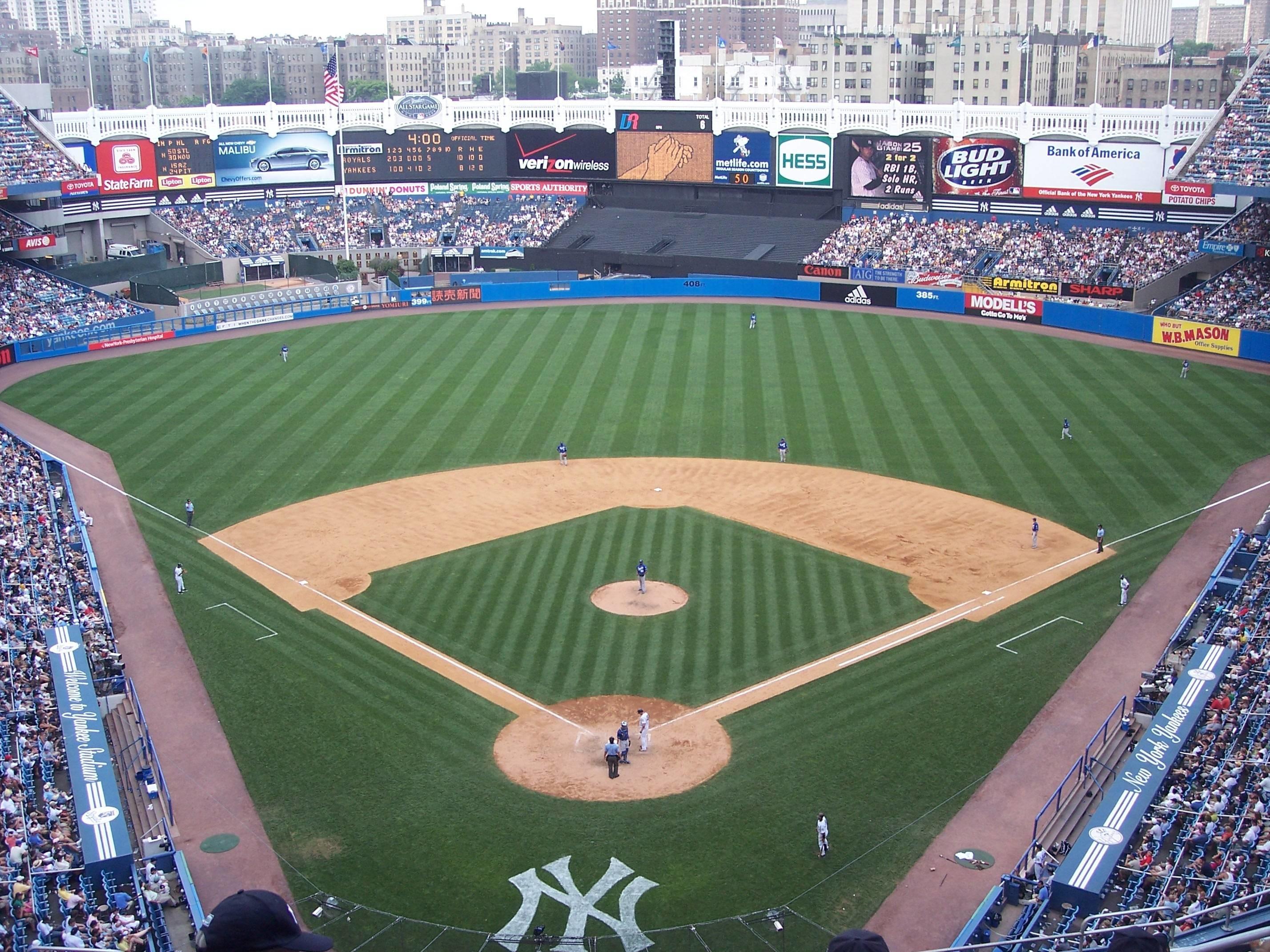 Yankee Stadium iPhone Wallpaper