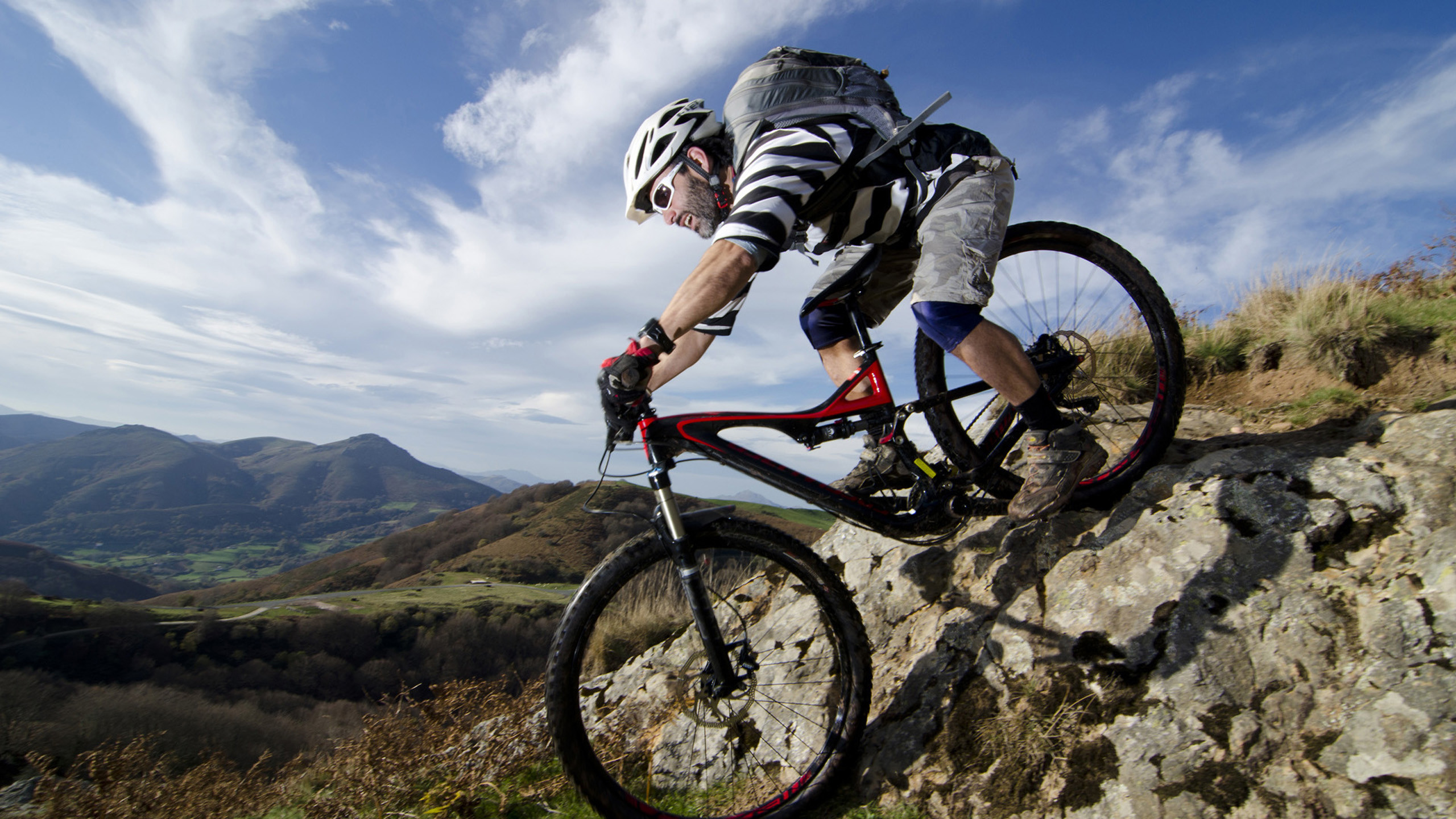 Mountain Bike Wallpapers : Get Free top quality Mountain Bike Wallpapers  for your desktop PC background