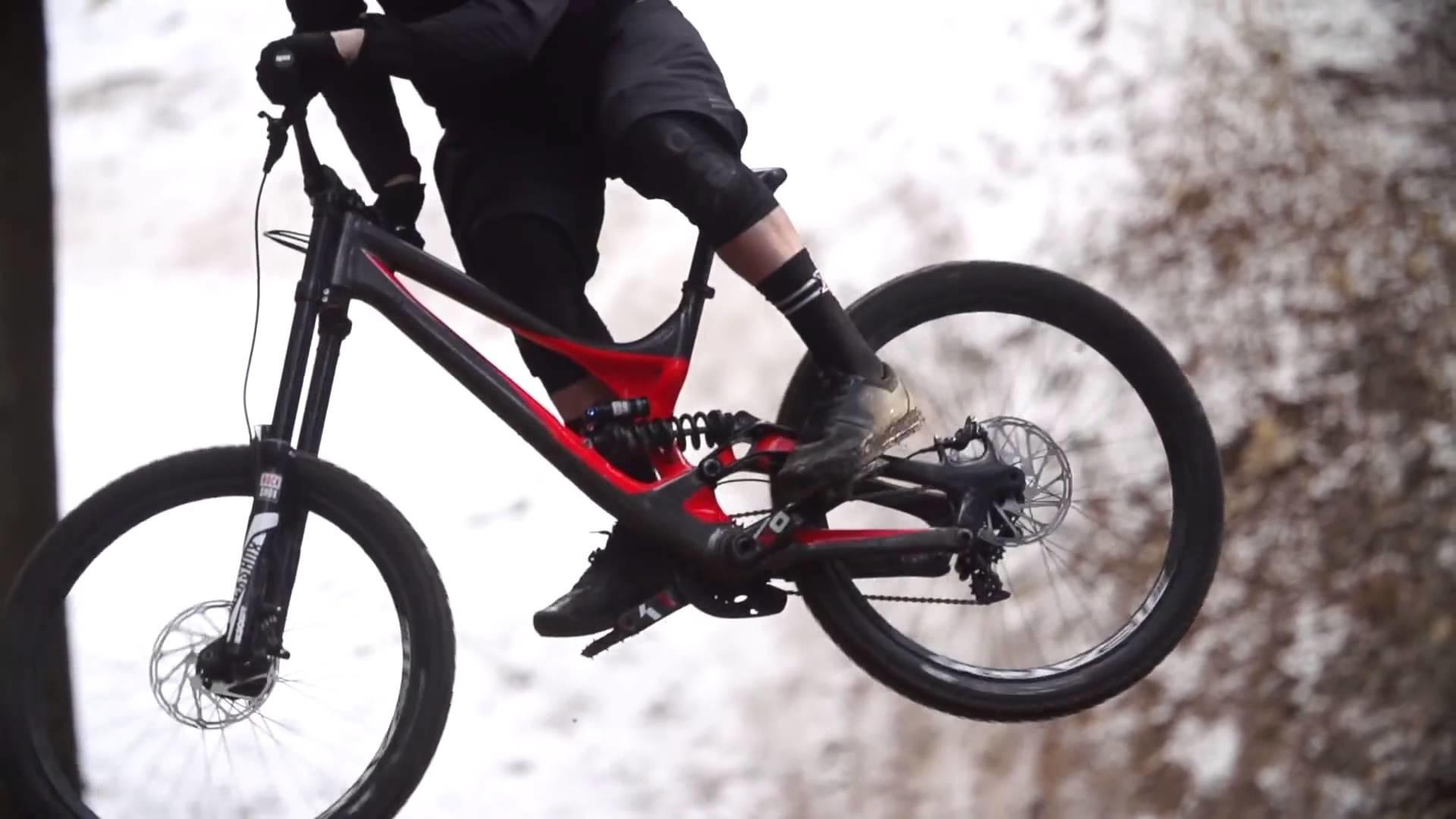NEW – Specialized Demo 8 Alloy 2016 – Downhill Mountain Biking