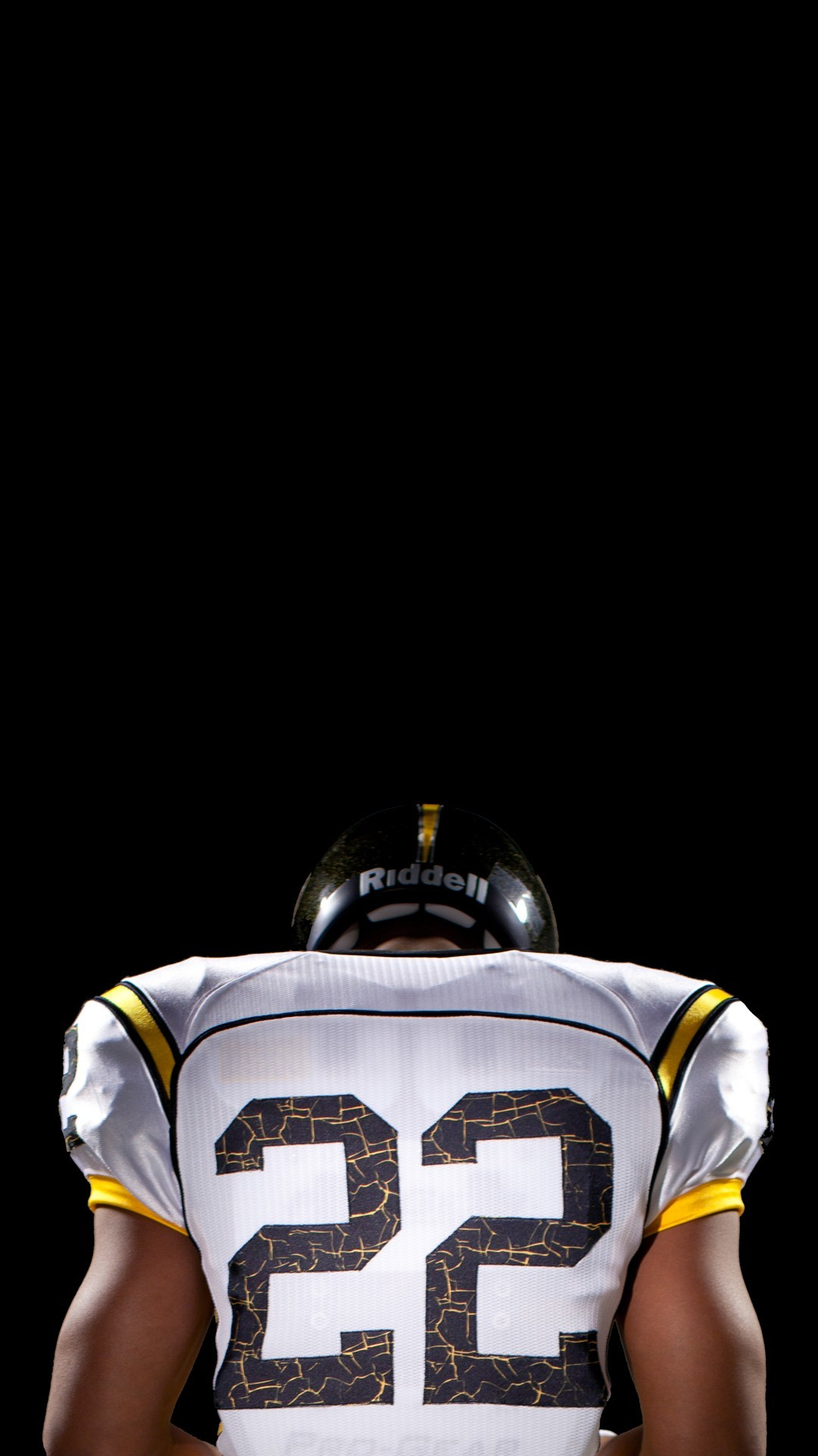 Sports iPhone 6 Plus Wallpapers – American Football Player Back iPhone 6  Plus HD Wallpaper