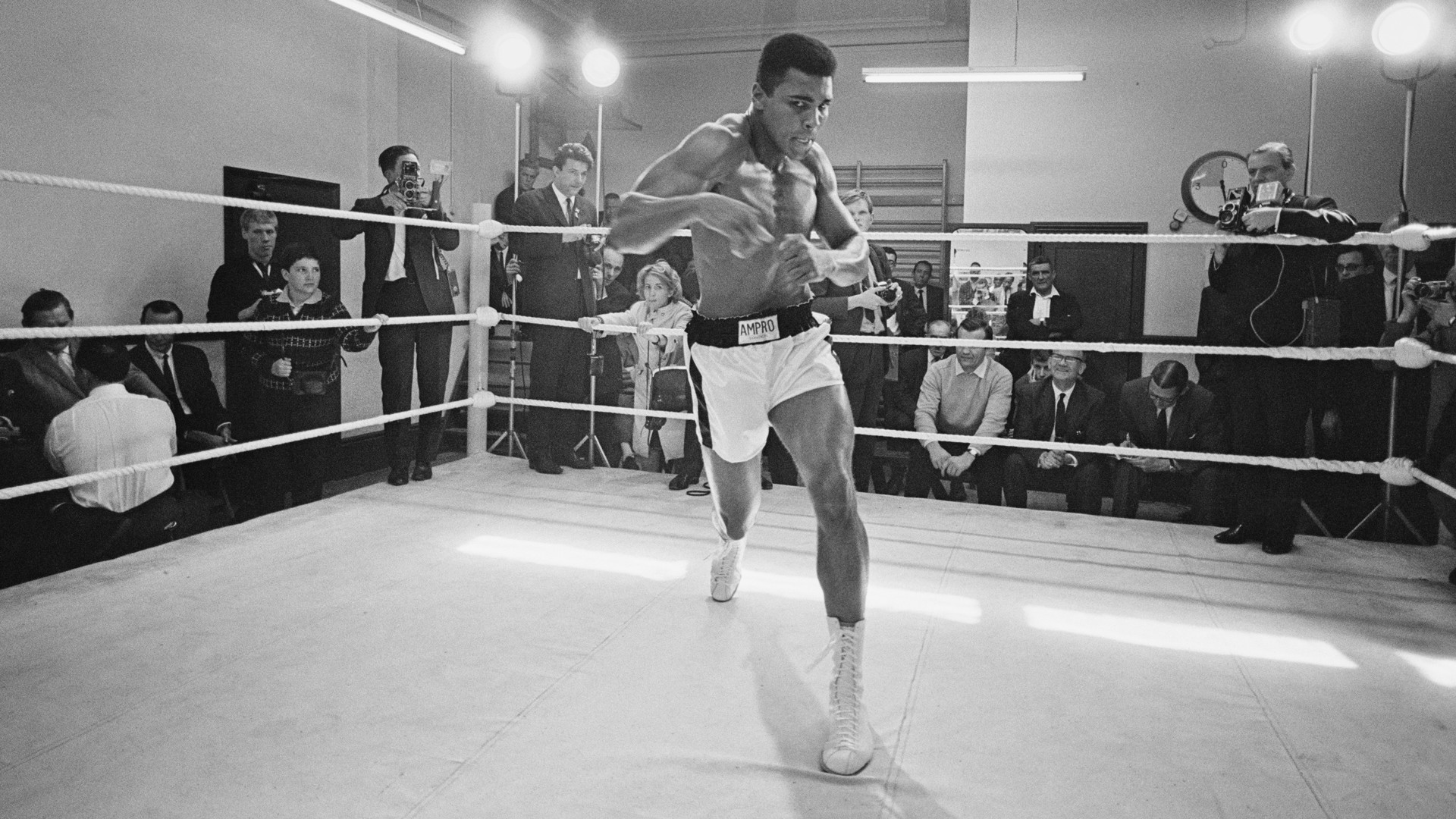 Sky Sports Boxing's Adam Smith says Muhammad Ali was 'one of the greatest  men that