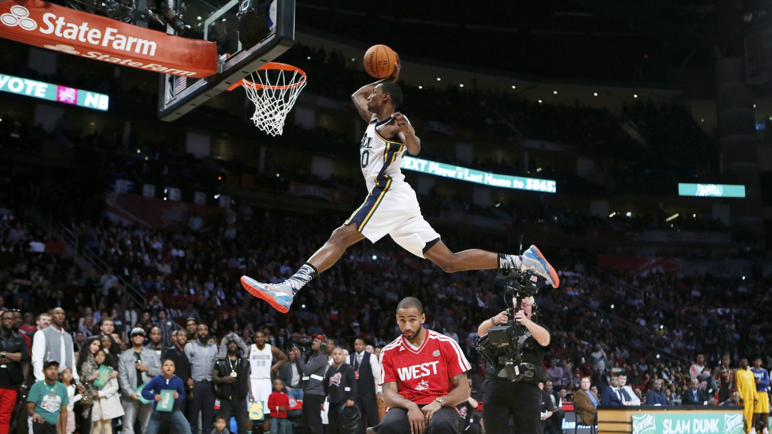 Download Wallpaper Jeremy evans, Basketball player, Nba .