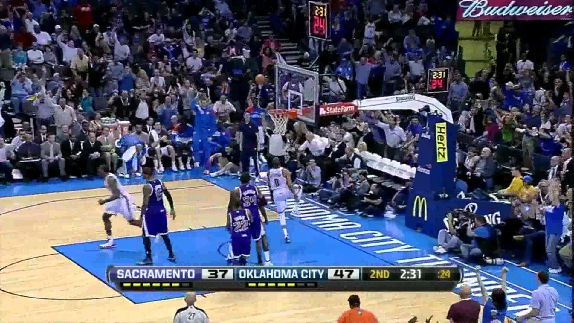 Kevin Durant Russell Westbrook combined 51 points (amazing alley .