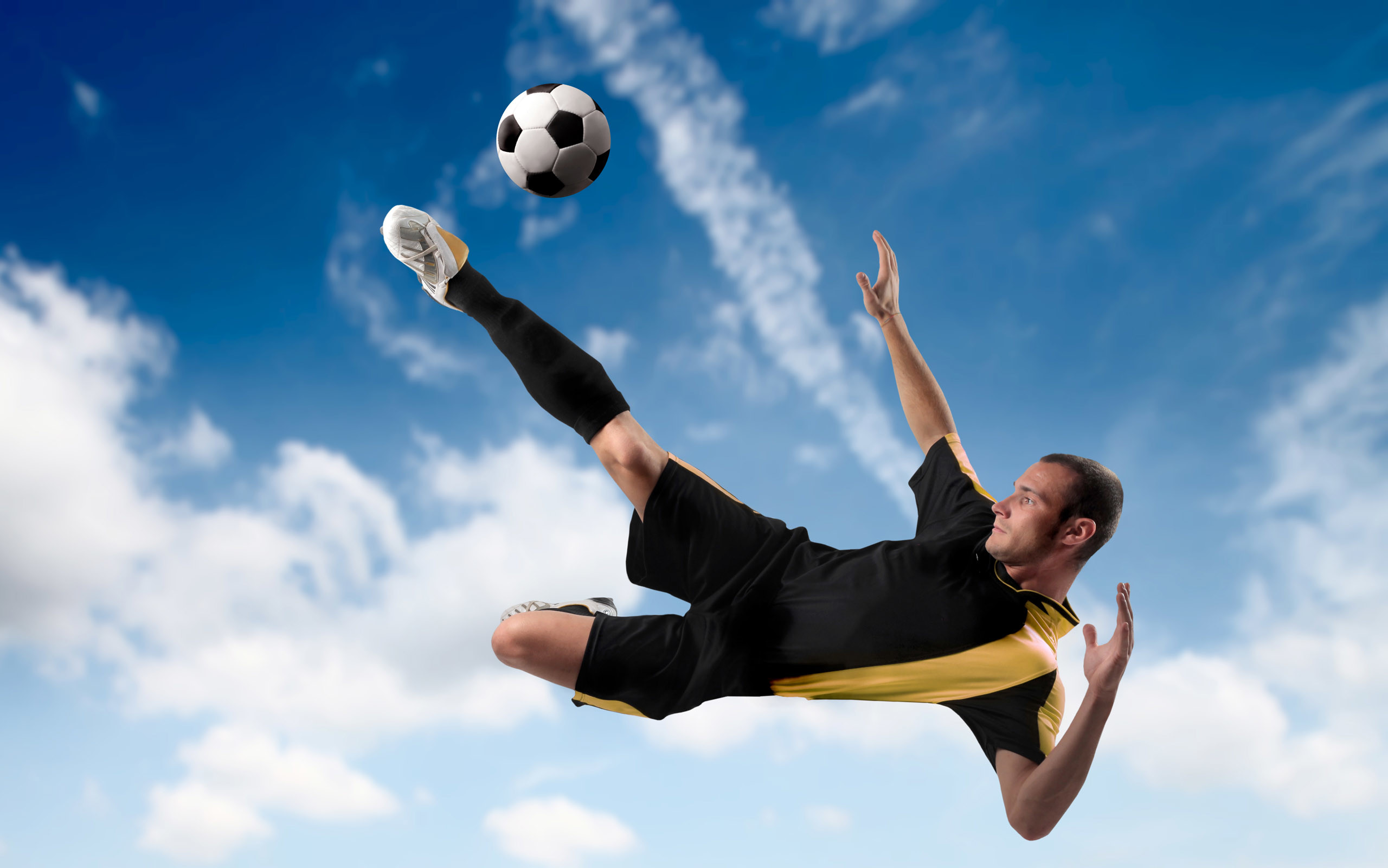 Cool Soccer Players Come and like us on Facebook, we are a soccer news site