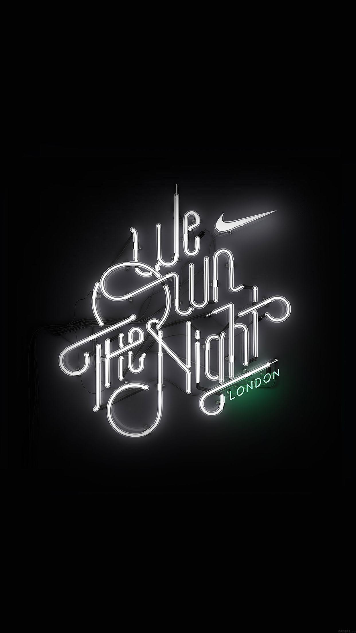 We Run The Night Nike London iPhone 6 Plus