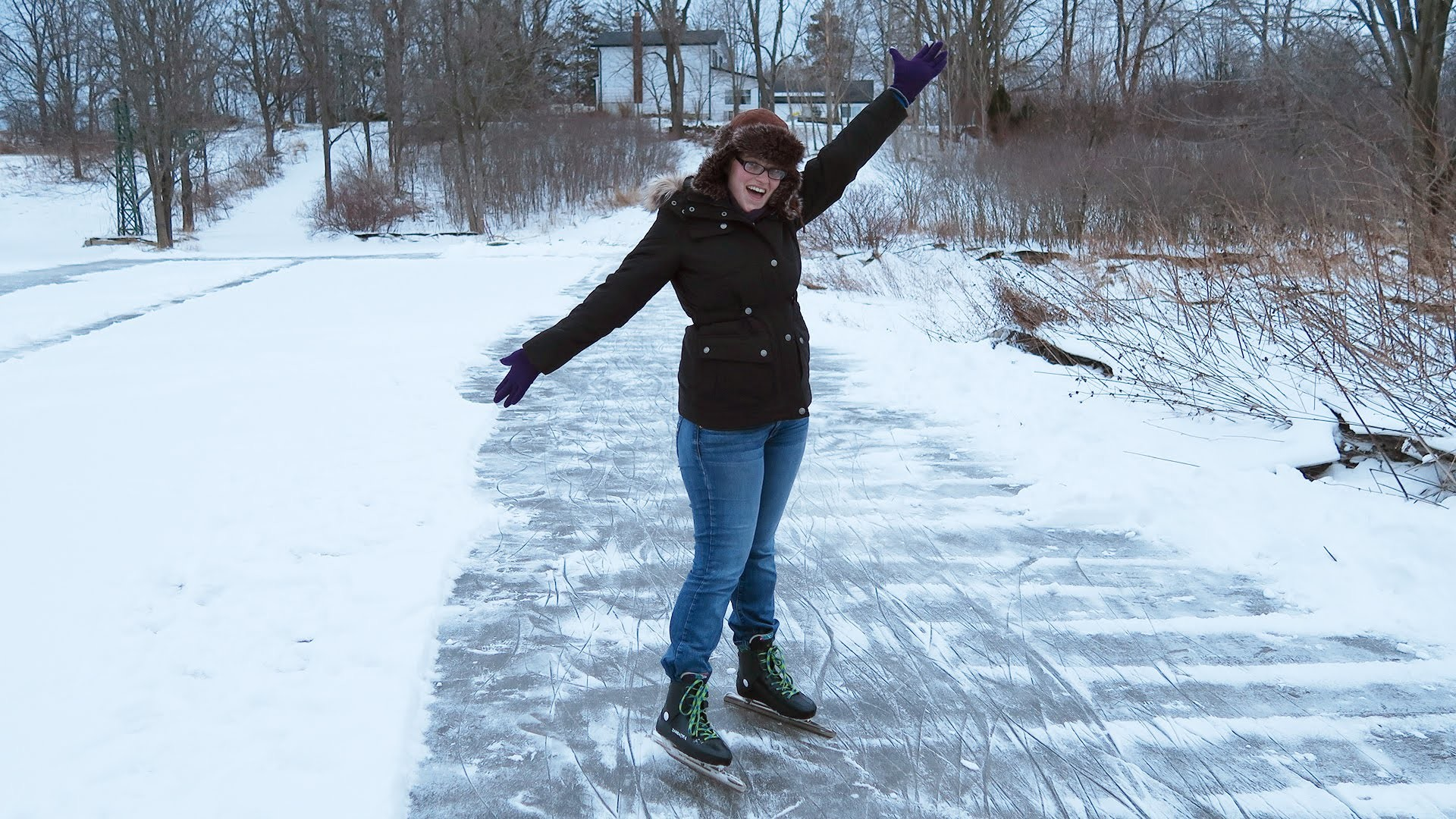Home Made Outdoor Ice Rink! (Skating, Tree Removal, and Climbing Threepio)  – YouTube