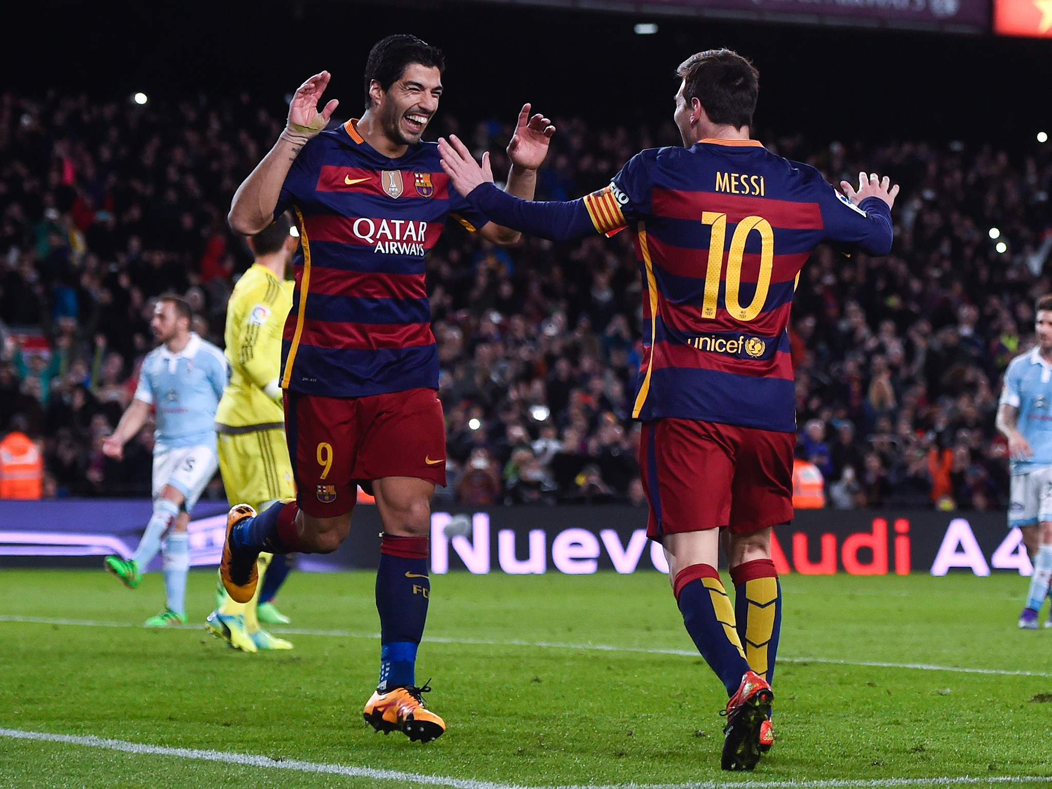 Arsenal vs Barcelona: How super Luis Suarez nudged Lionel Messi aside   The  Independent